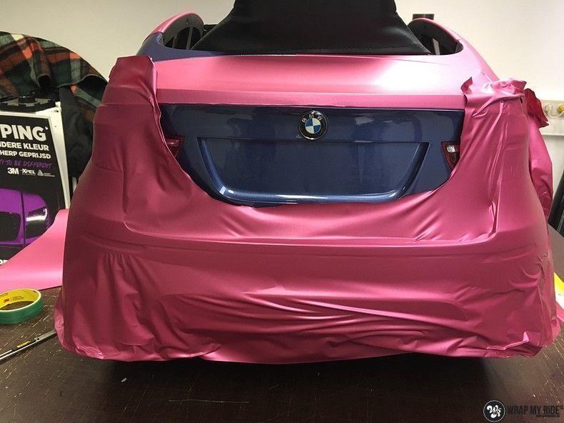 BMW X6 mini matte metallic pink, Carwrapping door Wrapmyride.nu Foto-nr:11349, ©2021