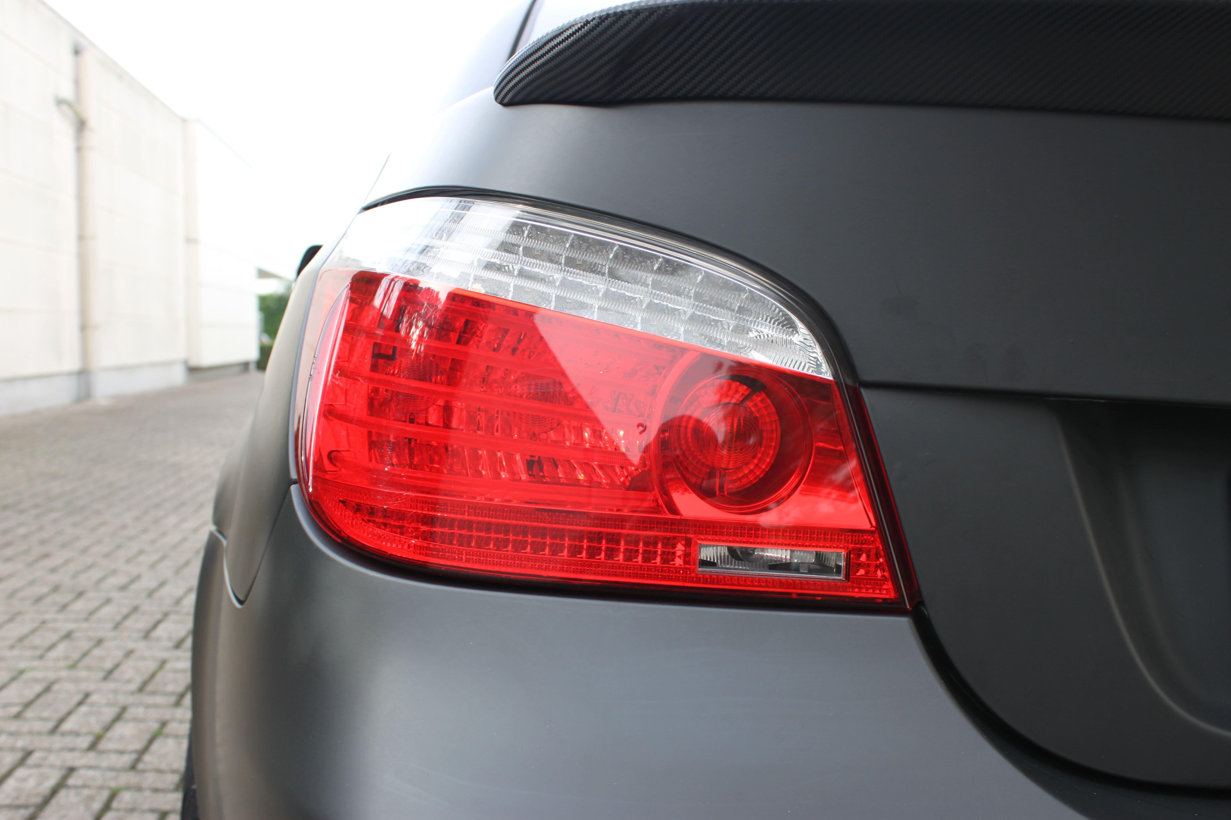 BWM 5 Serie met een Speciale Darkraver Wrap, Carwrapping door Wrapmyride.nu Foto-nr:5232, ©2021