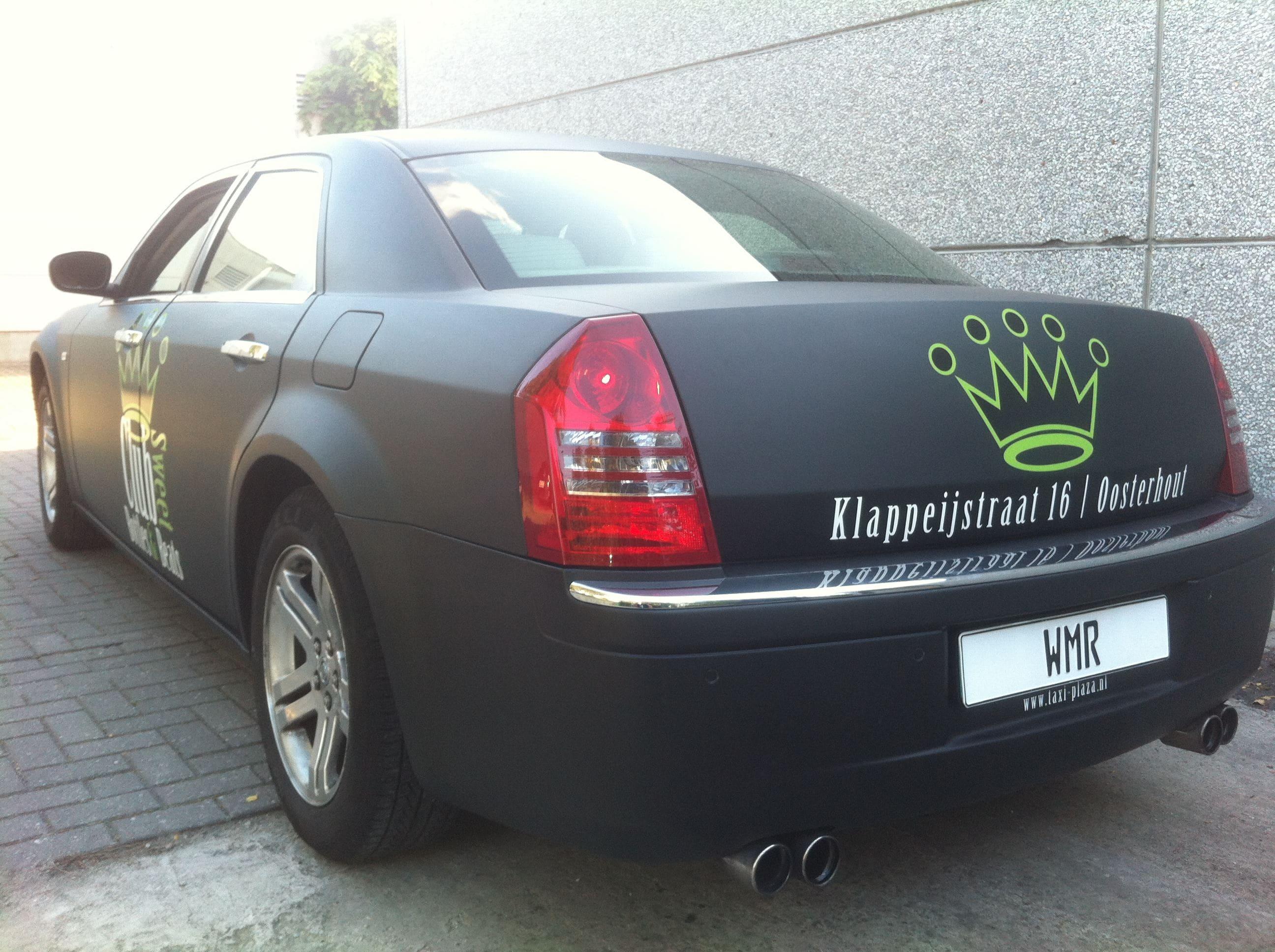 Chrysler 300c voor Club Sweet, Carwrapping door Wrapmyride.nu Foto-nr:5578, ©2020