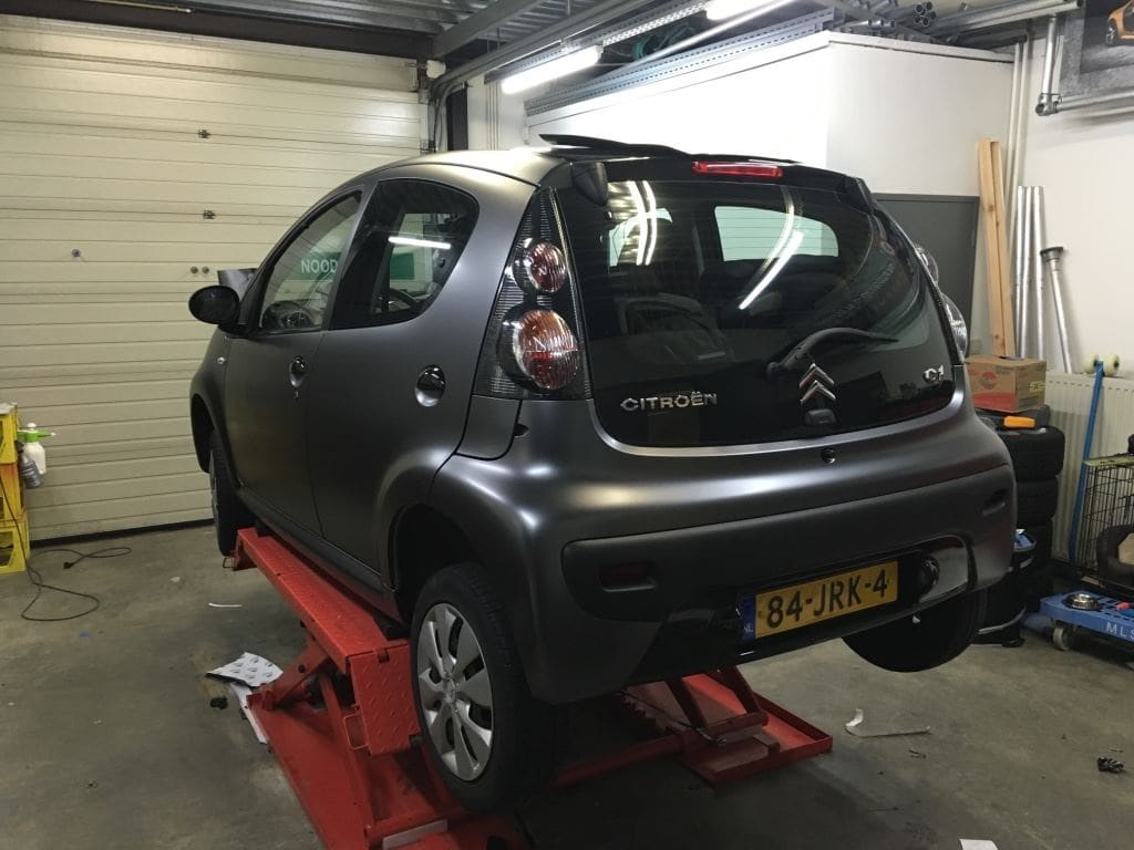 Citroen C1 satin Dark grey, Carwrapping door Wrapmyride.nu Foto-nr:8832, ©2021