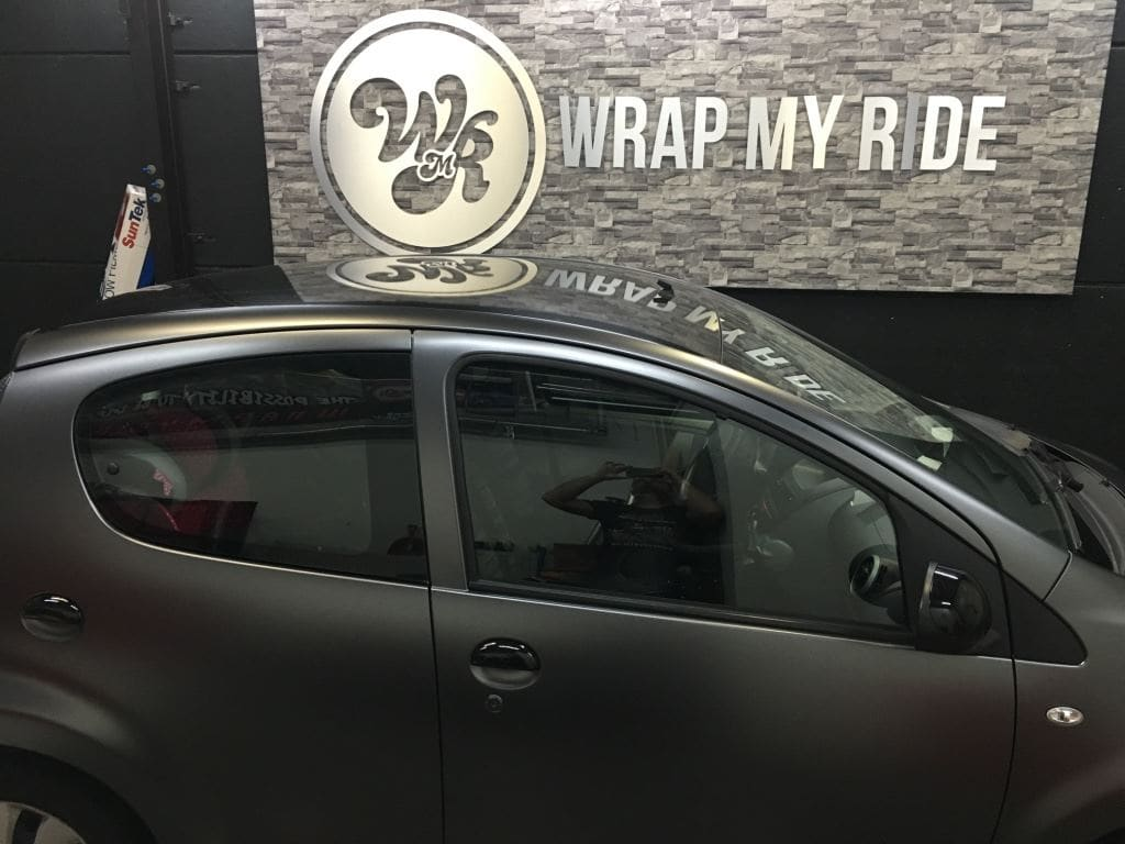 Citroen C1 satin Dark grey, Carwrapping door Wrapmyride.nu Foto-nr:8830, ©2020