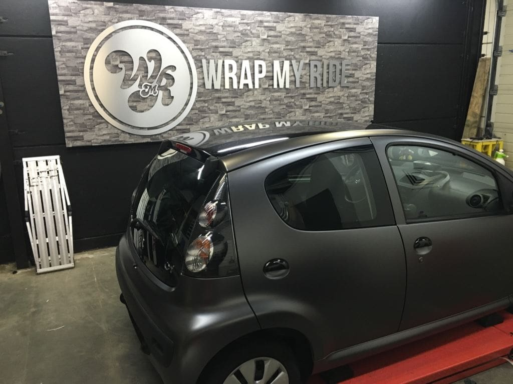 Citroen C1 satin Dark grey, Carwrapping door Wrapmyride.nu Foto-nr:8831, ©2021