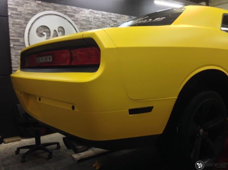 Dodge Challenger matte yellow, Carwrapping door Wrapmyride.nu Foto-nr:8486, ©2021