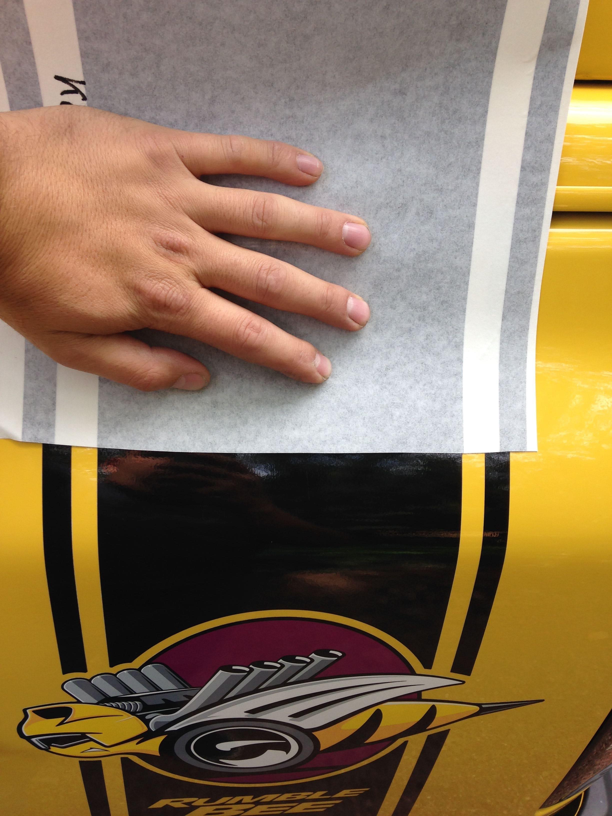 Dodge Ram Bumblebee Striping, Carwrapping door Wrapmyride.nu Foto-nr:7441, ©2021