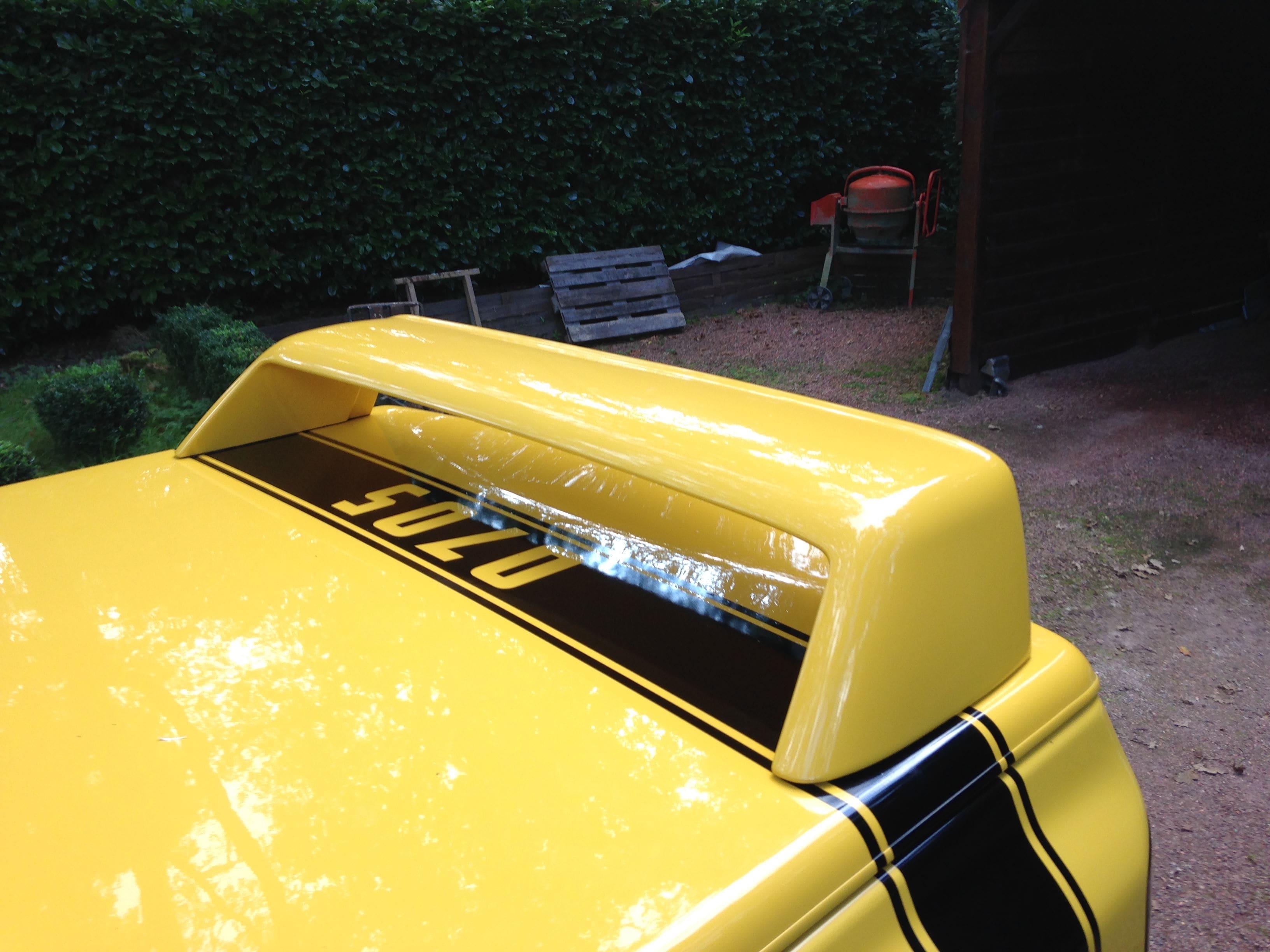 Dodge Ram Bumblebee Striping, Carwrapping door Wrapmyride.nu Foto-nr:7443, ©2021