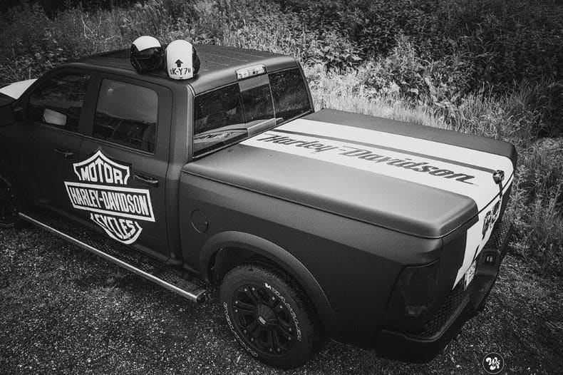 Dodge Ram Harley Davidson edition, Carwrapping door Wrapmyride.nu Foto-nr:9006, ©2020