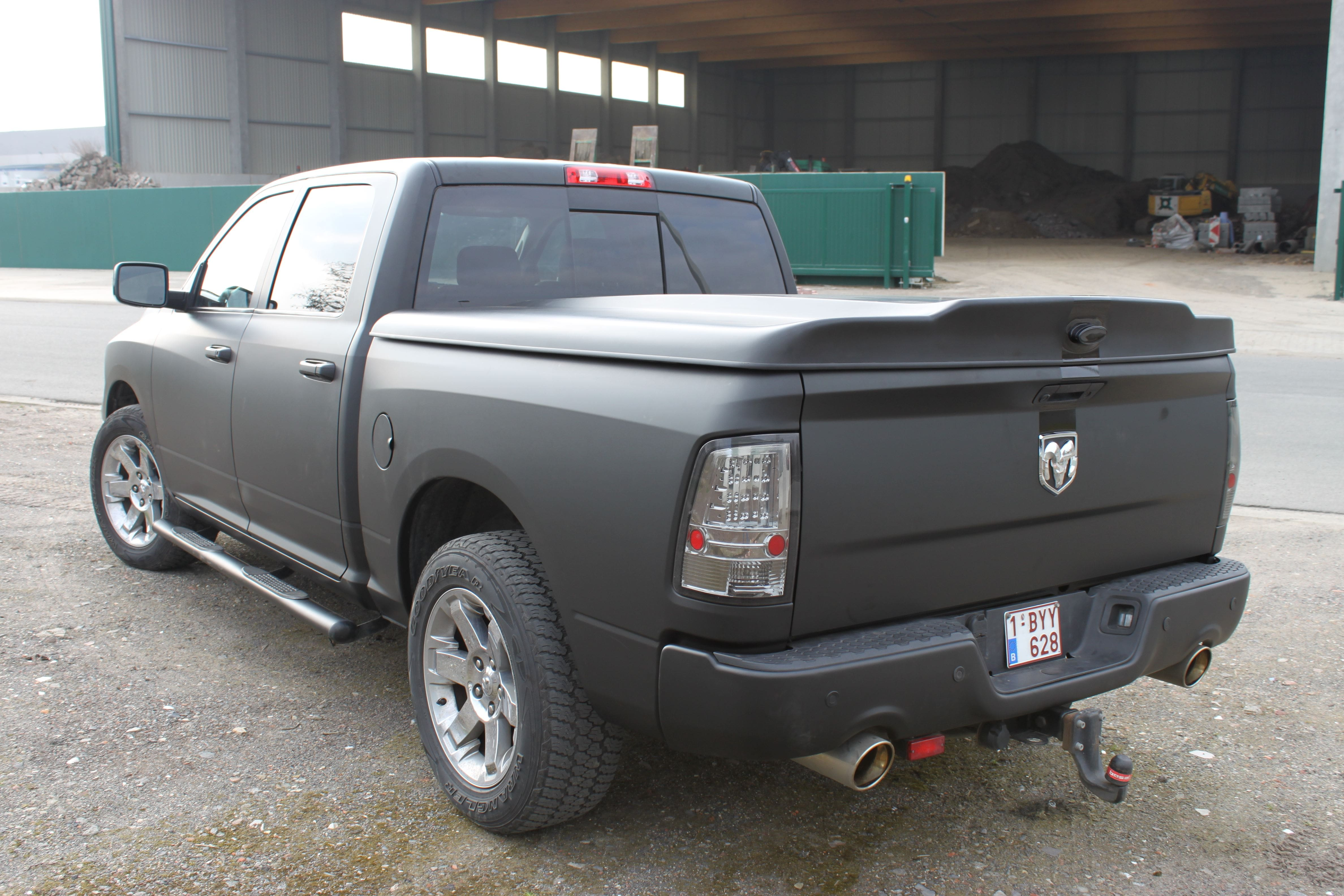 Dodge Ram met Mat Zwarte Wrap, Carwrapping door Wrapmyride.nu Foto-nr:5684, ©2021