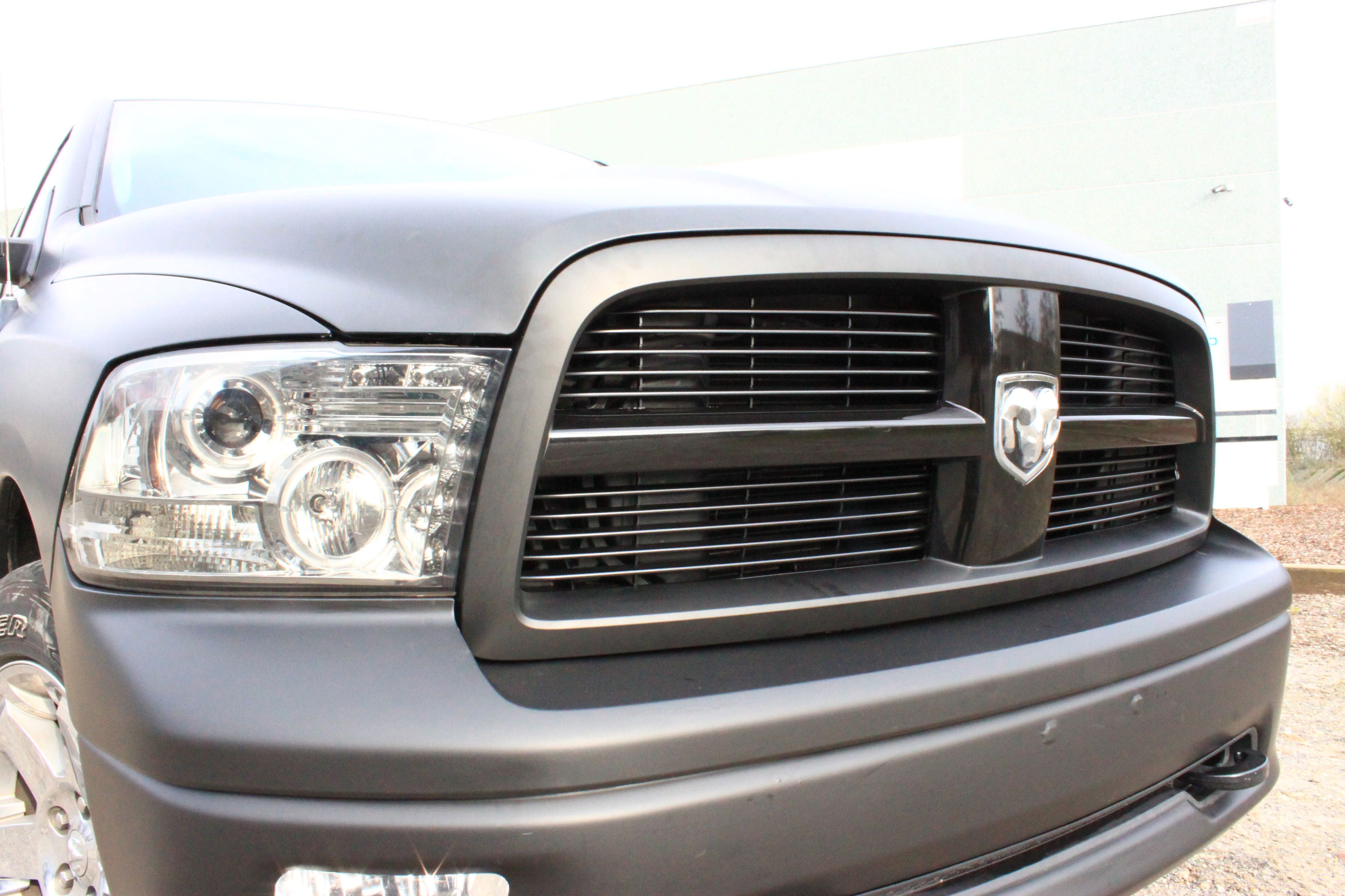 Dodge Ram met Mat Zwarte Wrap, Carwrapping door Wrapmyride.nu Foto-nr:5690, ©2021