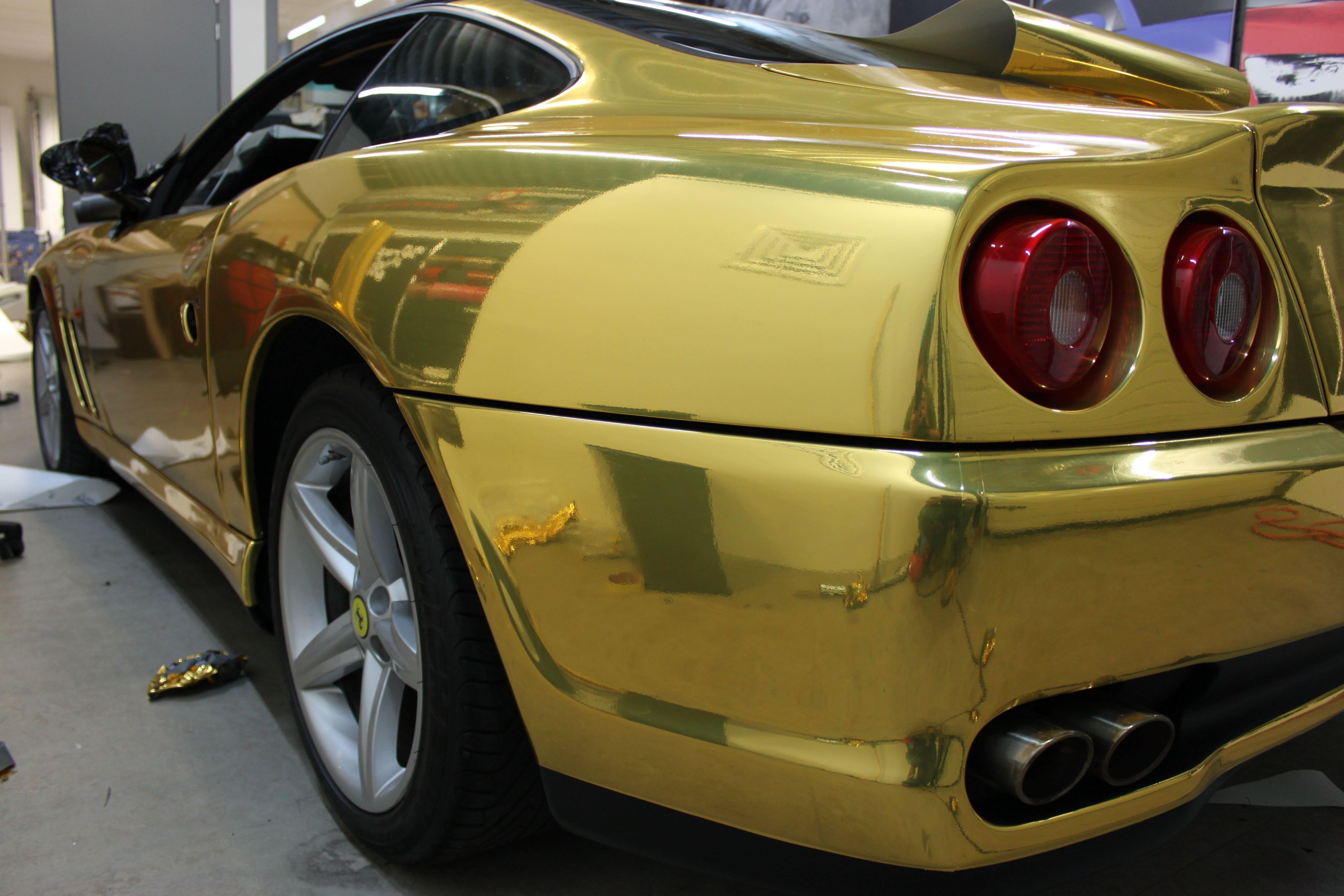 Ferrari 575 met Goud Chrome Wrap., Carwrapping door Wrapmyride.nu Foto-nr:5697, ©2021