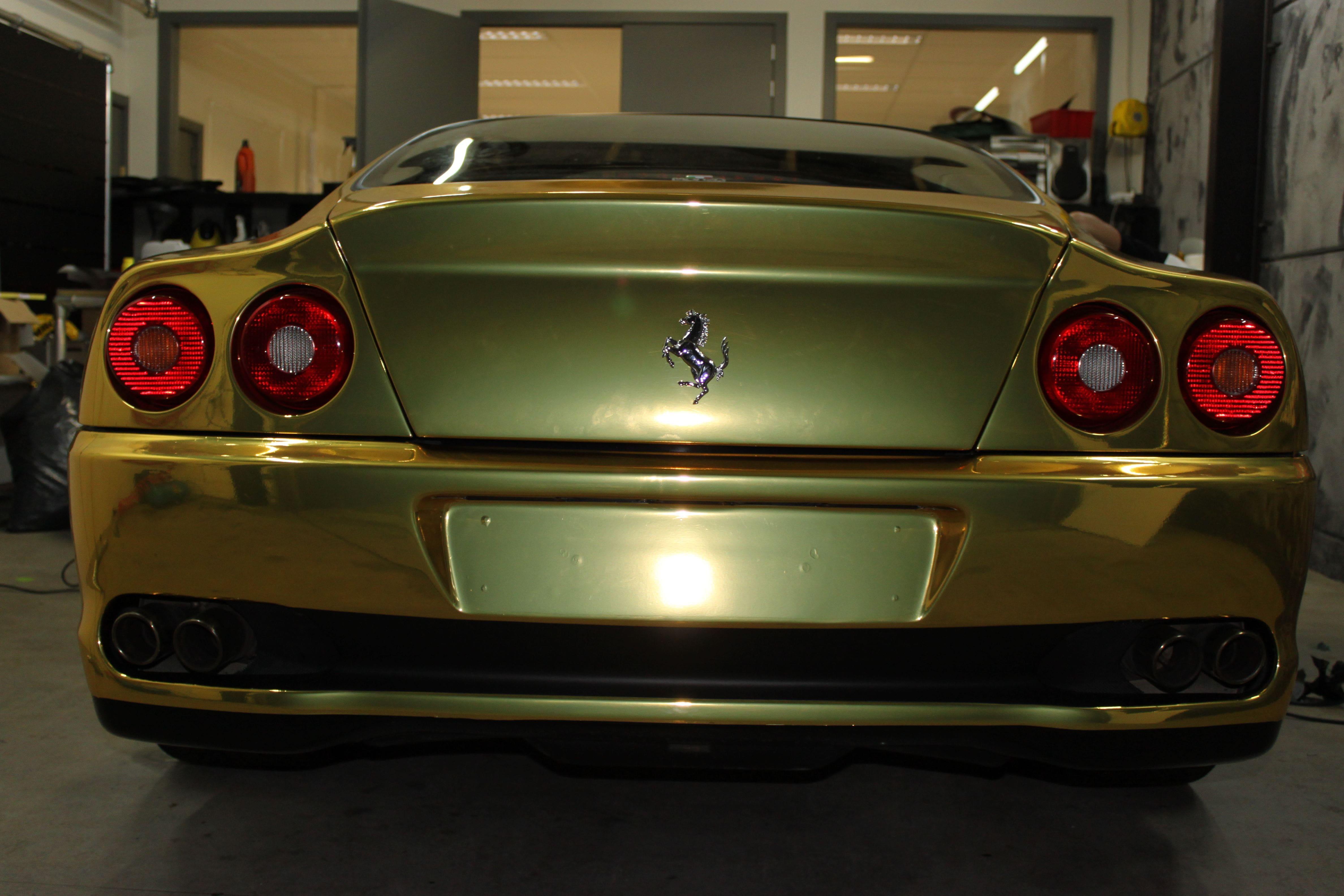 Ferrari 575 met Goud Chrome Wrap., Carwrapping door Wrapmyride.nu Foto-nr:5707, ©2021