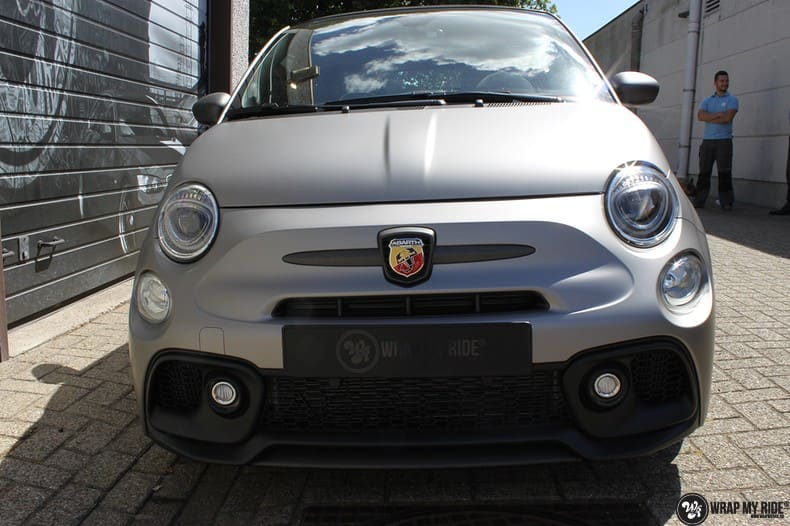 Fiat 595 Abart naar matte grey Aluminium, Carwrapping door Wrapmyride.nu Foto-nr:10019, ©2018