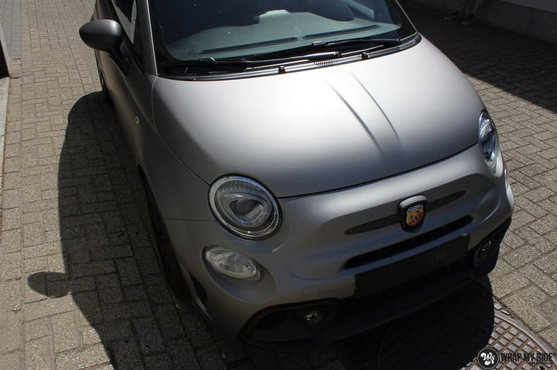 Fiat 595 Abart naar matte grey Aluminium, Carwrapping door Wrapmyride.nu Foto-nr:10021, ©2018