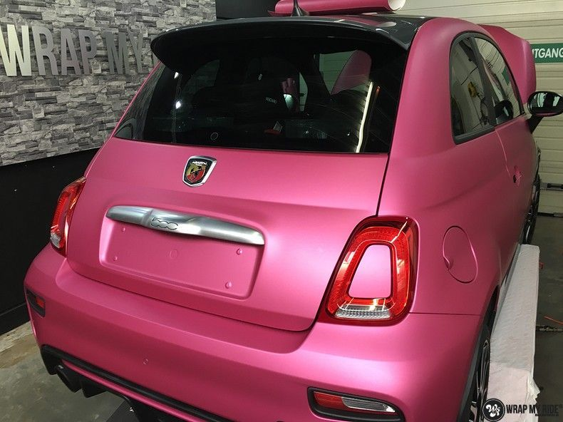 Fiat 695 Abarth avery matte pink metallic, Carwrapping door Wrapmyride.nu Foto-nr:11213, ©2018