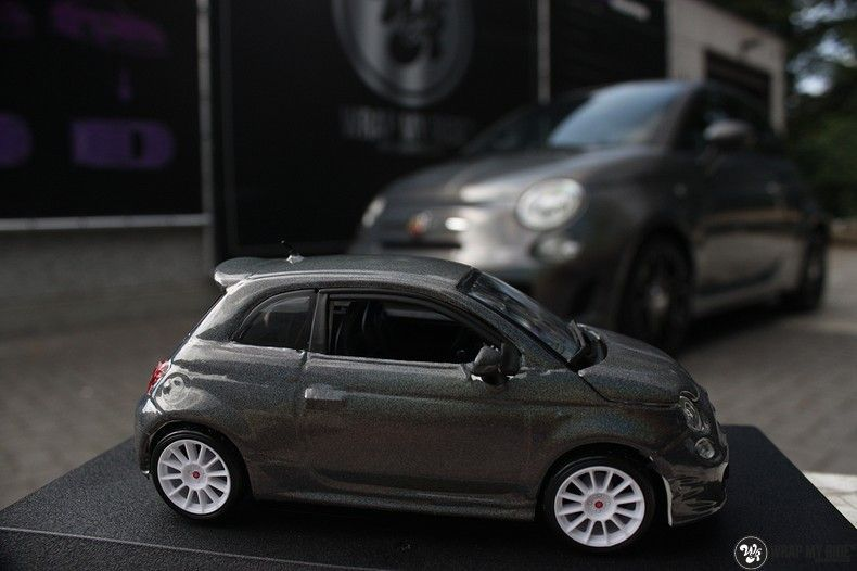 Fiat Abarth 3M gloss Psychedelic Flip, Carwrapping door Wrapmyride.nu Foto-nr:11675, ©2020