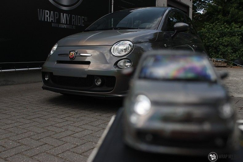 Fiat Abarth 3M gloss Psychedelic Flip, Carwrapping door Wrapmyride.nu Foto-nr:11673, ©2020