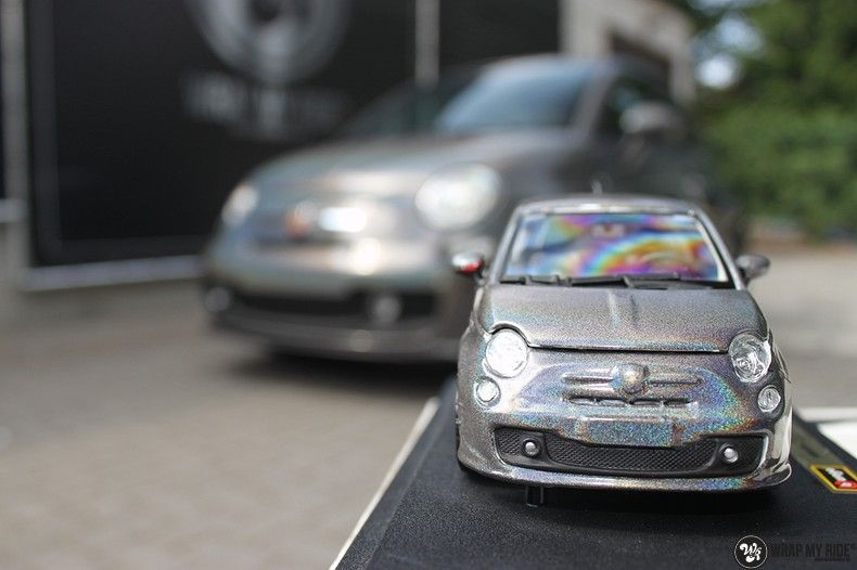 Fiat Abarth 3M gloss Psychedelic Flip, Carwrapping door Wrapmyride.nu Foto-nr:11669, ©2020