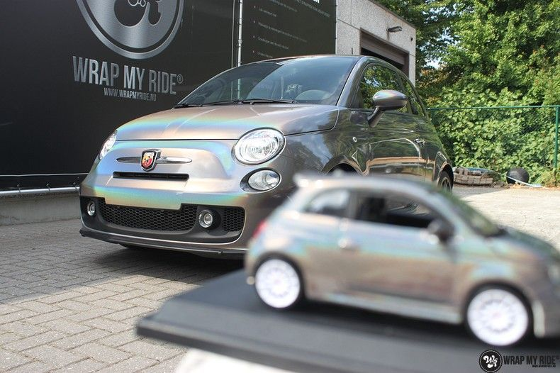 Fiat Abarth 3M gloss Psychedelic Flip, Carwrapping door Wrapmyride.nu Foto-nr:11667, ©2020
