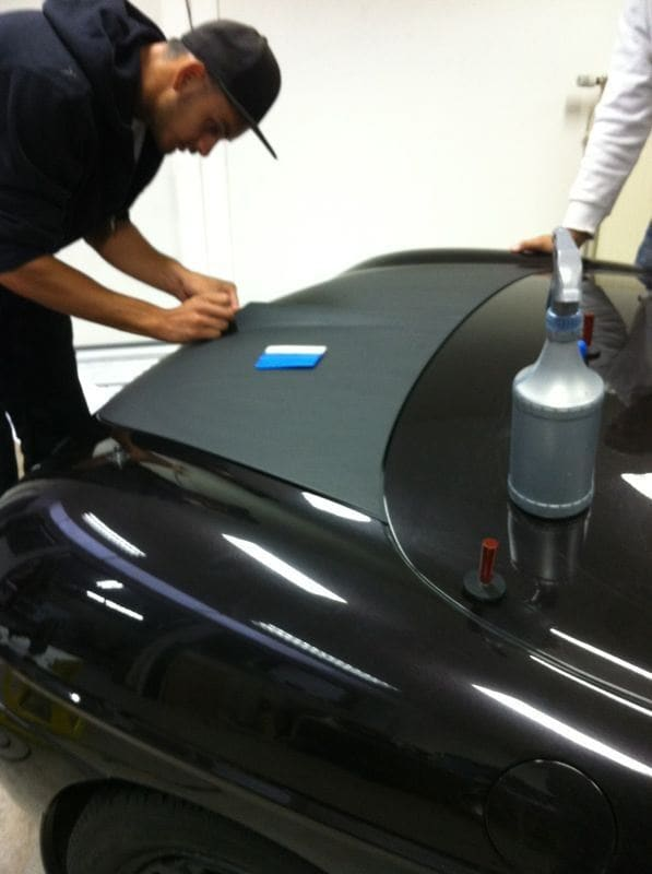 Fiat Barchetta met bat Mobile Style Wrap, Carwrapping door Wrapmyride.nu Foto-nr:5730, ©2020