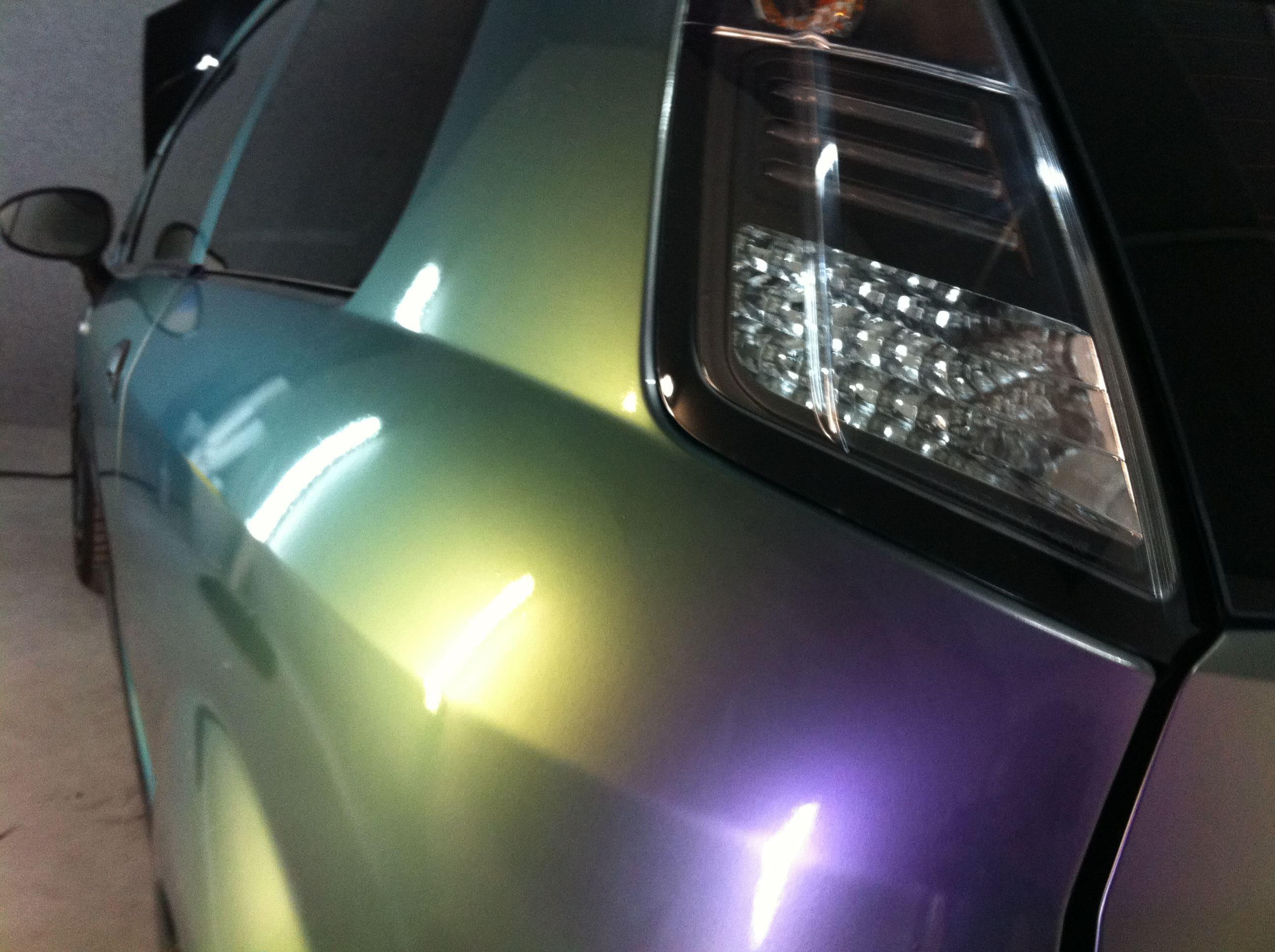 Fiat Grande Punto in een Chameleon Color Wrap, Carwrapping door Wrapmyride.nu Foto-nr:5749, ©2020