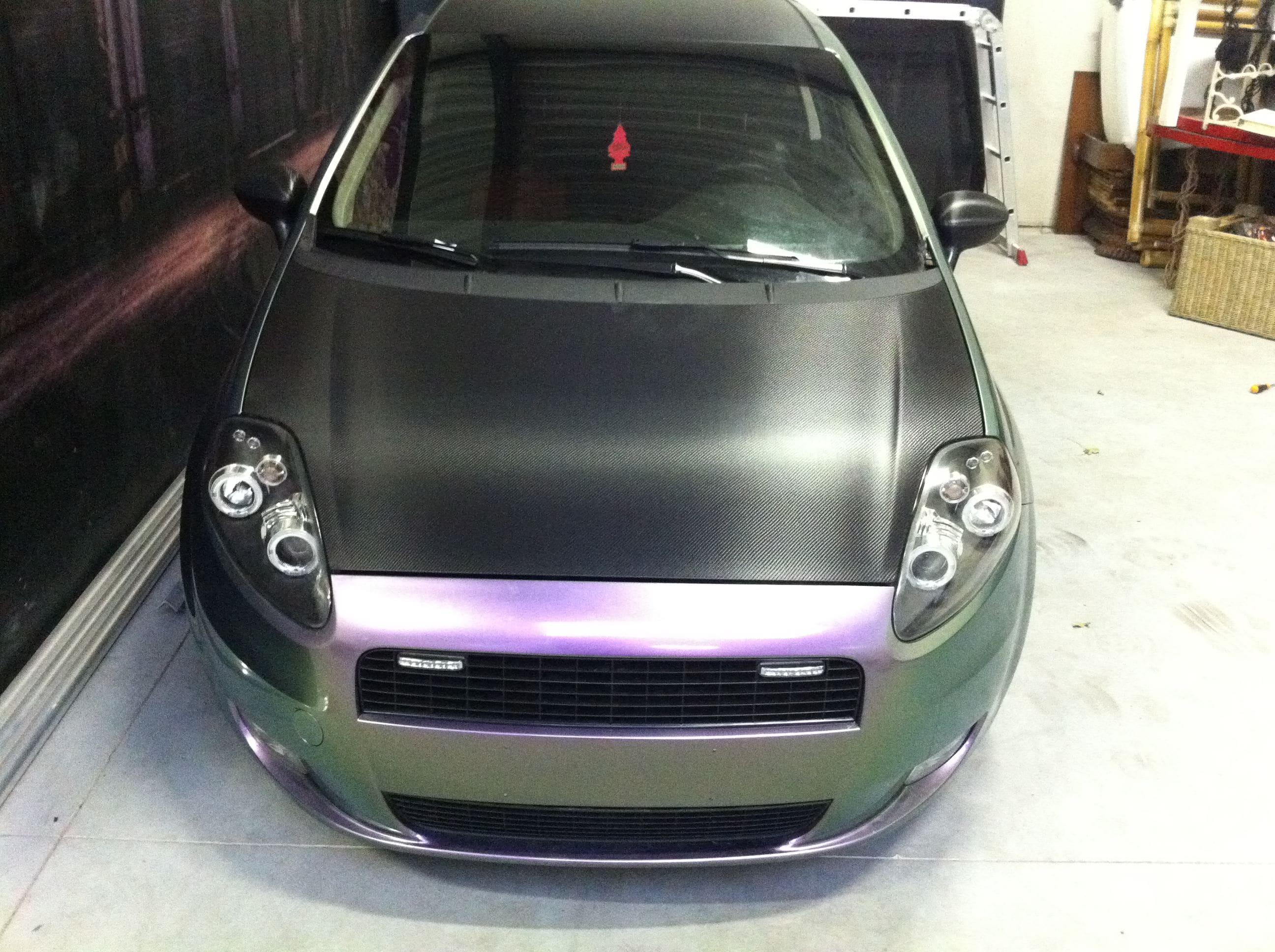 Fiat Grande Punto in een Chameleon Color Wrap, Carwrapping door Wrapmyride.nu Foto-nr:5755, ©2020