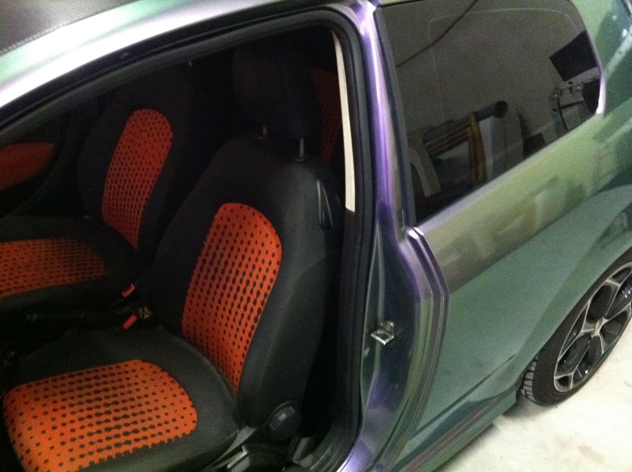 Fiat Grande Punto in een Chameleon Color Wrap, Carwrapping door Wrapmyride.nu Foto-nr:5756, ©2020