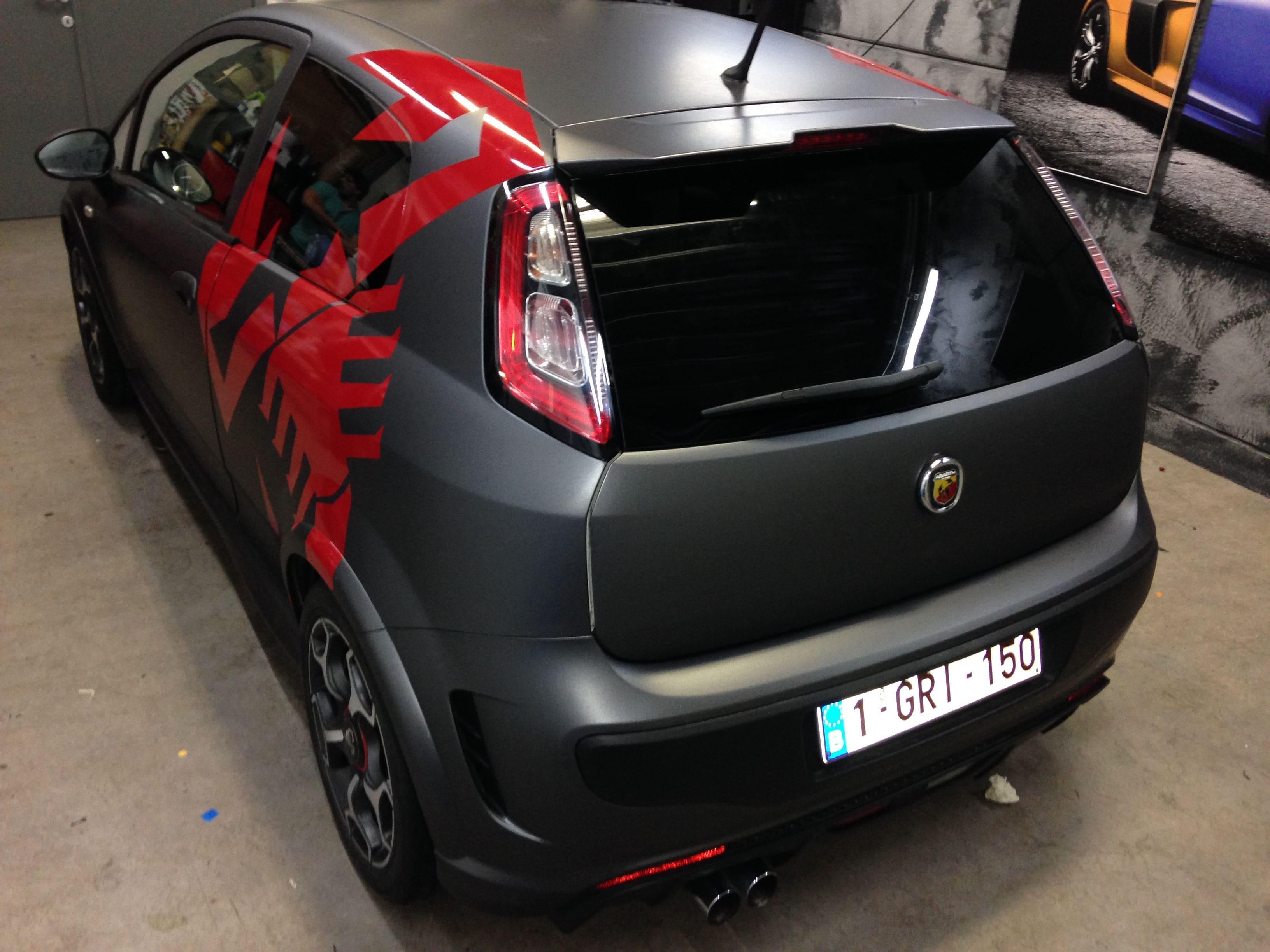 Fiat Punto Abarth met een Gunpowder Wrap, Carwrapping door Wrapmyride.nu Foto-nr:5769, ©2021