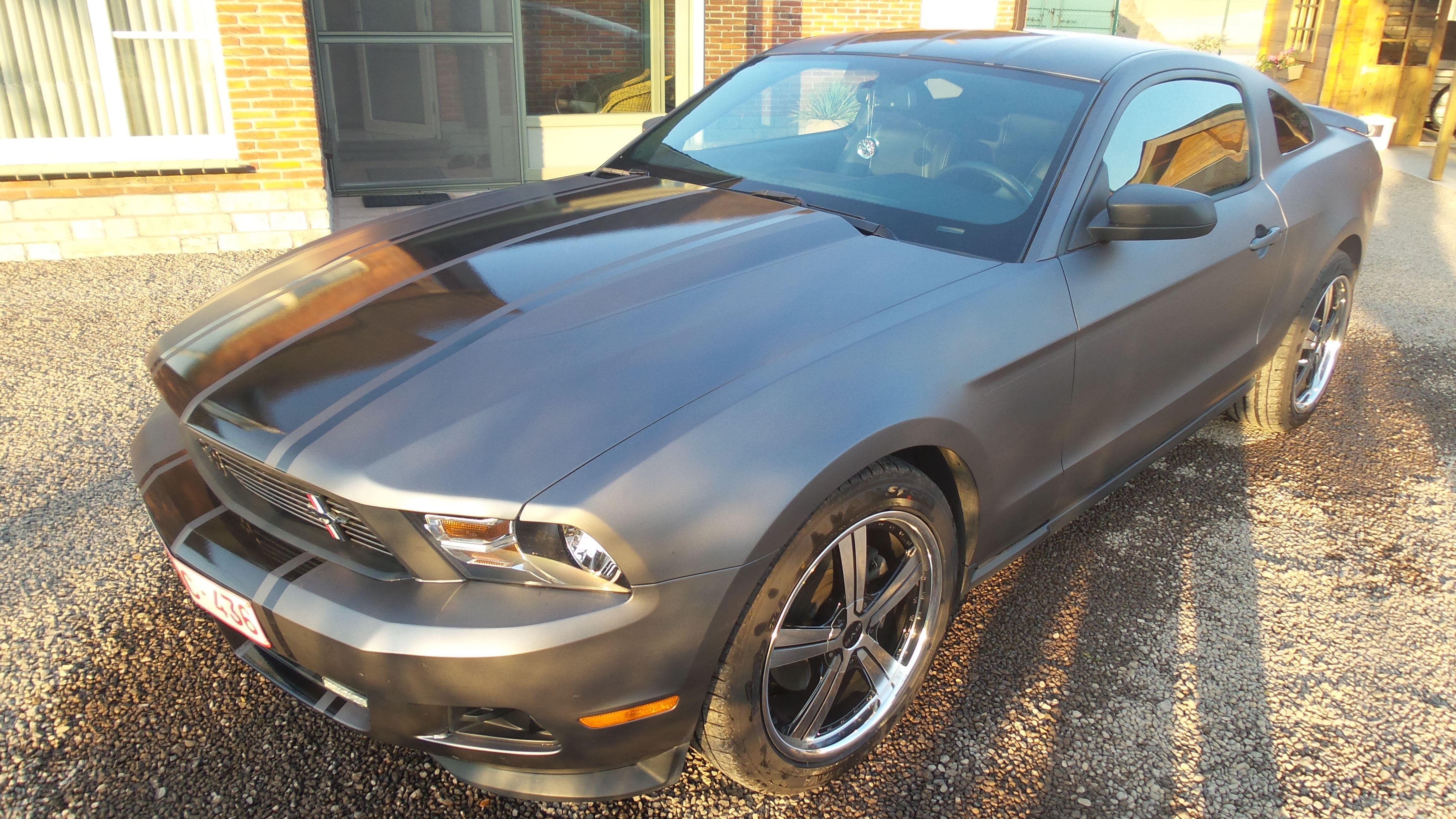 Ford Mustang 2009 met Gunpowder Wrap, Carwrapping door Wrapmyride.nu Foto-nr:5809, ©2021