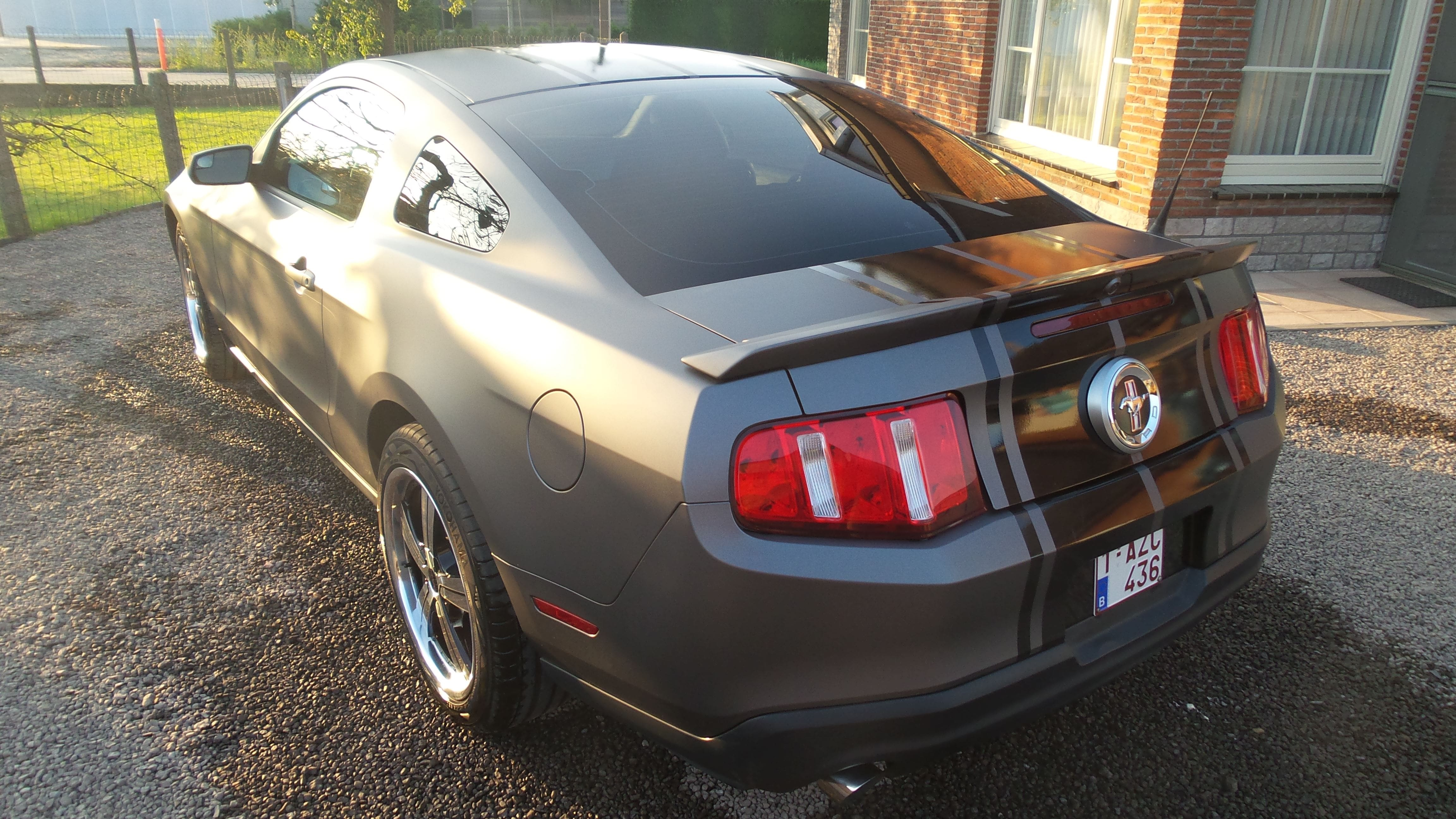 Ford Mustang 2009 met Gunpowder Wrap, Carwrapping door Wrapmyride.nu Foto-nr:5811, ©2021