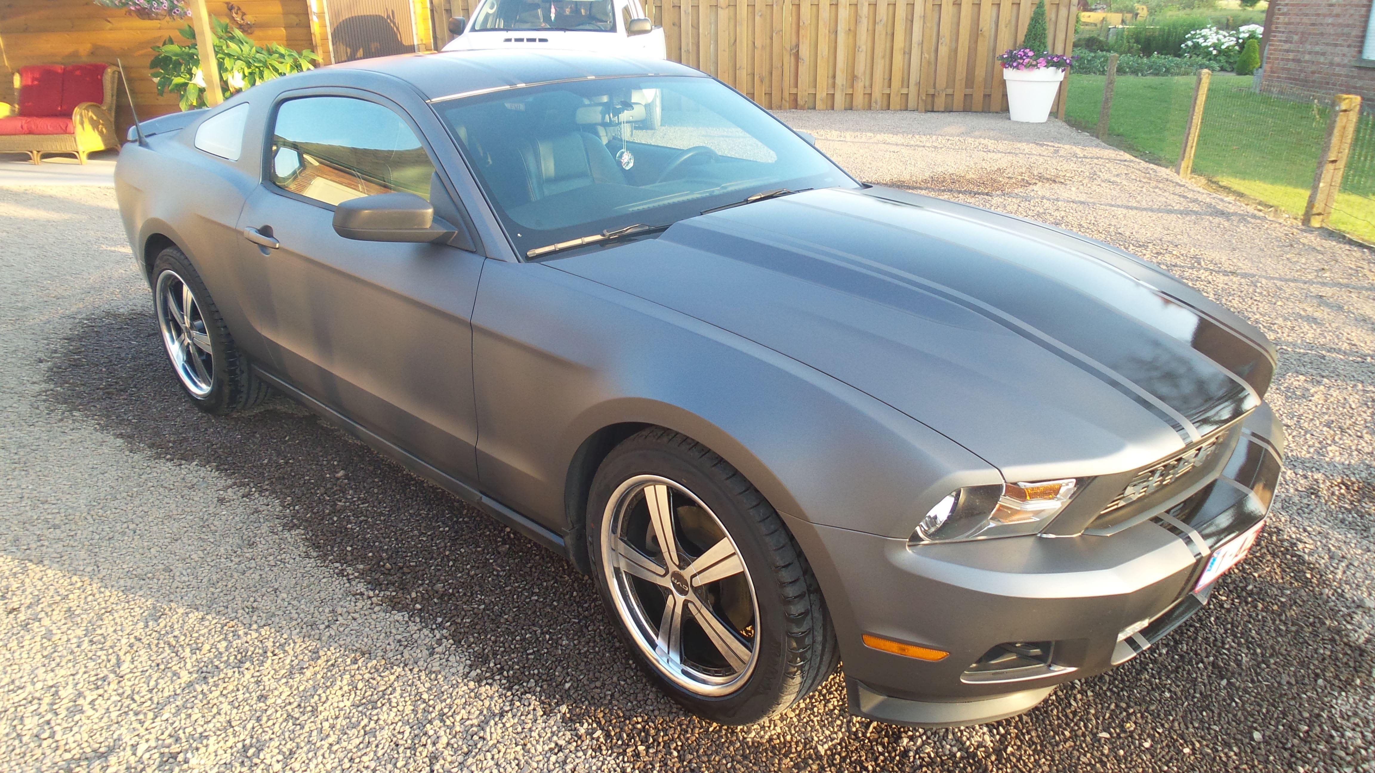 Ford Mustang 2009 met Gunpowder Wrap, Carwrapping door Wrapmyride.nu Foto-nr:5812, ©2021