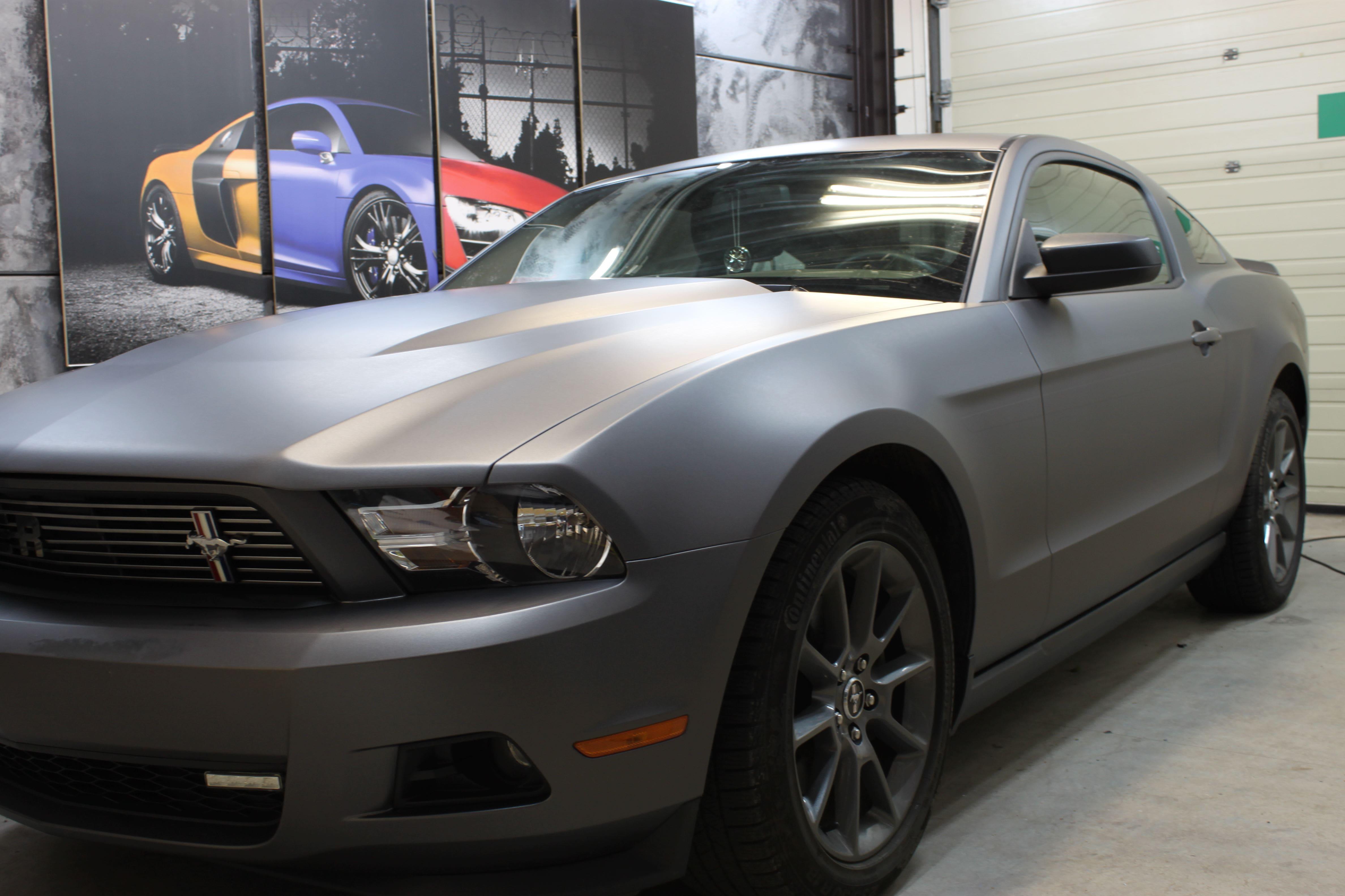 Ford Mustang 2009 met Gunpowder Wrap, Carwrapping door Wrapmyride.nu Foto-nr:5816, ©2021
