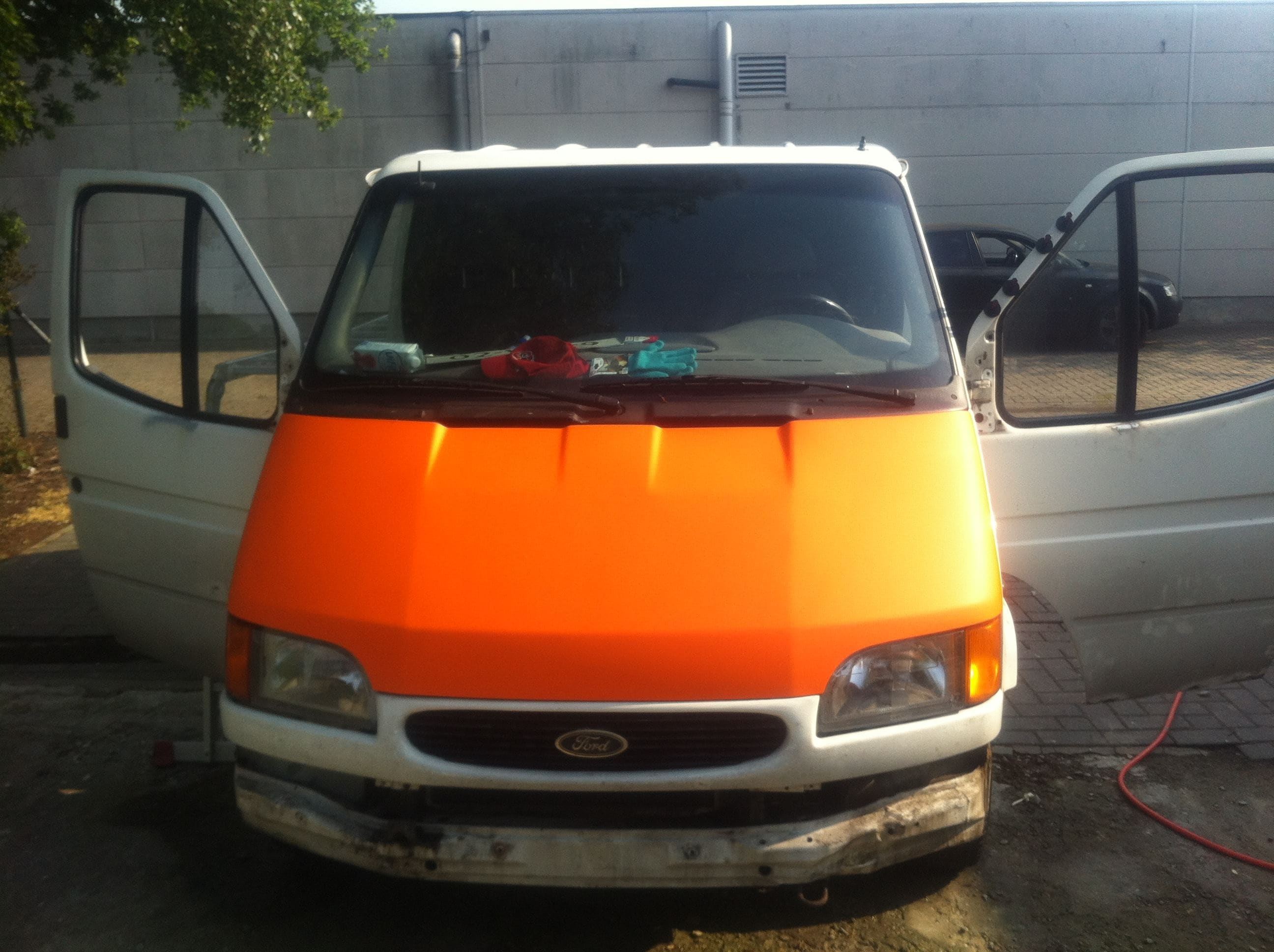 Ford Transit met Mat Oranje Wrap, Carwrapping door Wrapmyride.nu Foto-nr:5842, ©2020