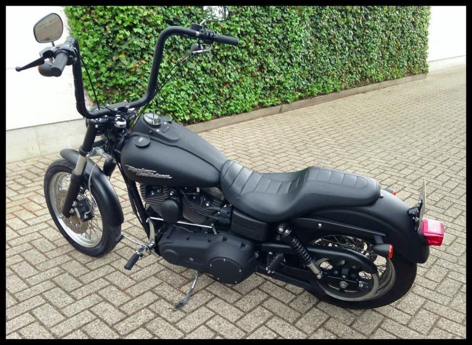 Harley Davidson met Mat Zwarte Wrap, Carwrapping door Wrapmyride.nu Foto-nr:5876, ©2020