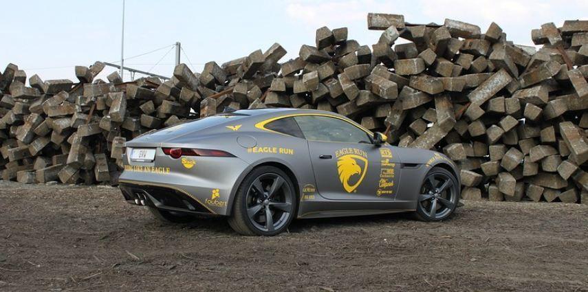 Jaguar F-type eagle run