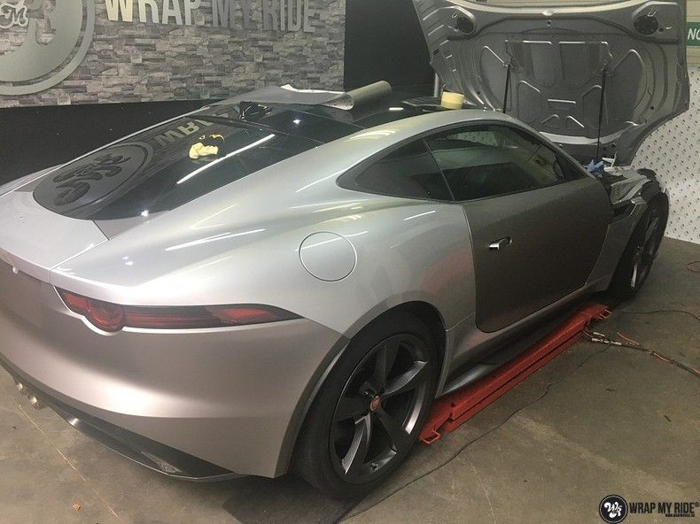 Jaguar F-type eagle run, Carwrapping door Wrapmyride.nu Foto-nr:10996, ©2018