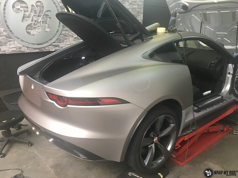 Jaguar F-type eagle run, Carwrapping door Wrapmyride.nu Foto-nr:10992, ©2018