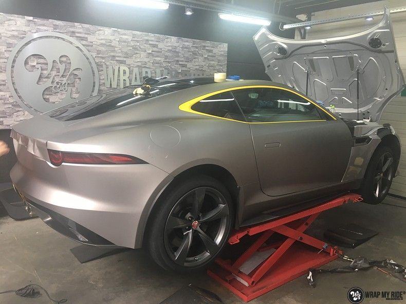 Jaguar F-type eagle run, Carwrapping door Wrapmyride.nu Foto-nr:10988, ©2018