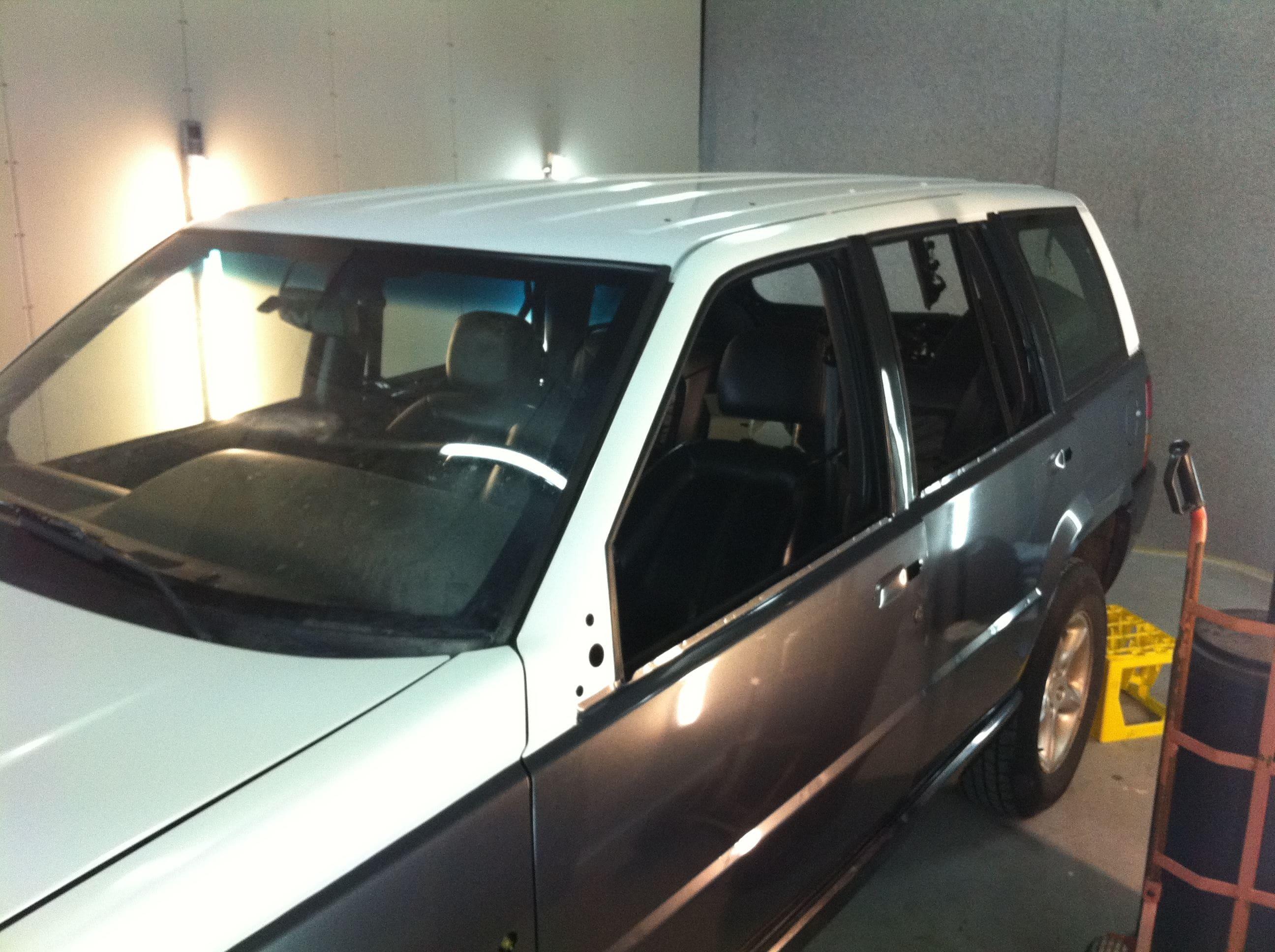 Jeep Grand Cherokee 5.9 met een Two-Tone Wrap, Carwrapping door Wrapmyride.nu Foto-nr:5918, ©2021
