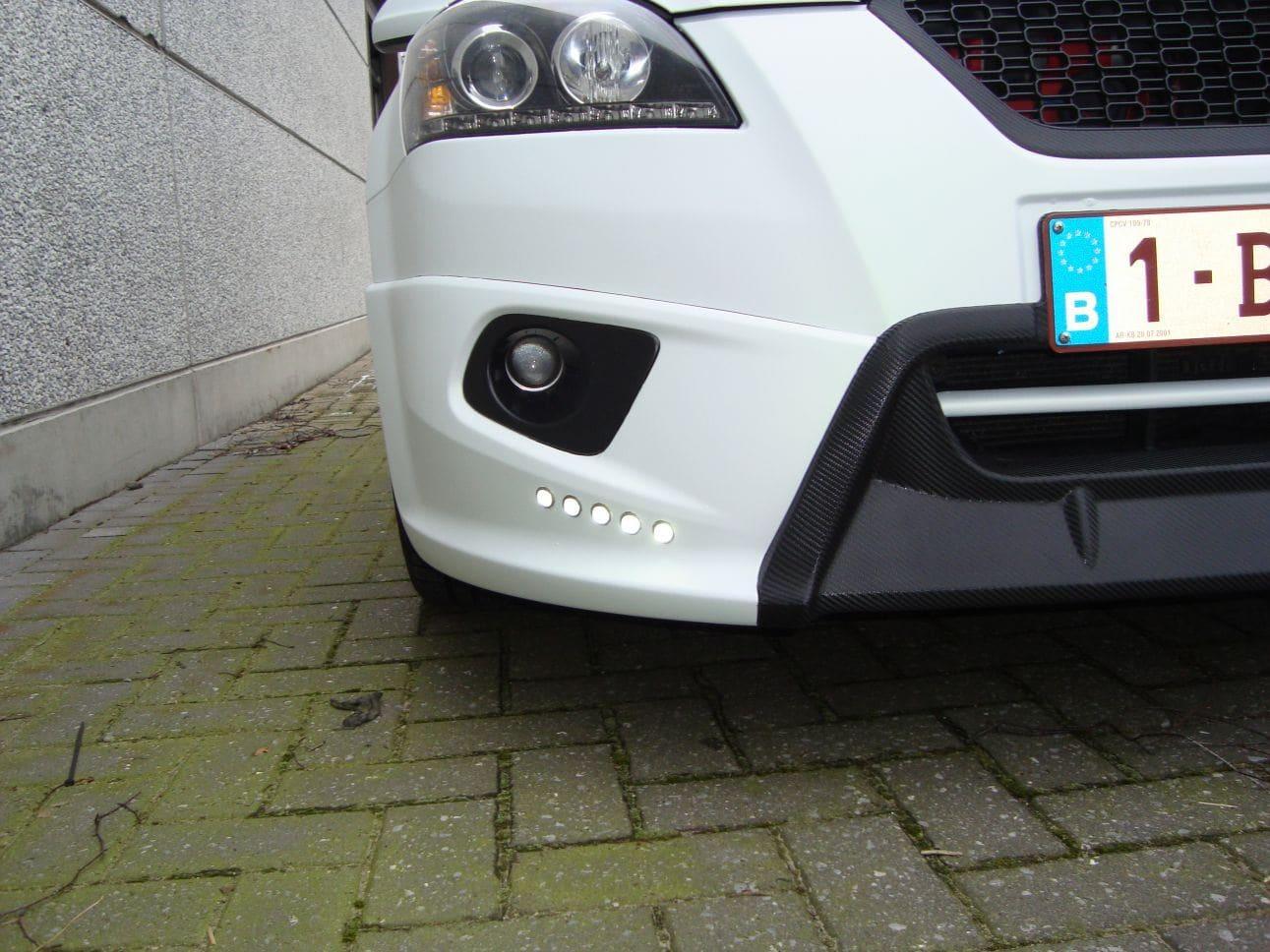 Kia Cee'd XR met Carbon en Witte Wrap, Carwrapping door Wrapmyride.nu Foto-nr:5949, ©2018