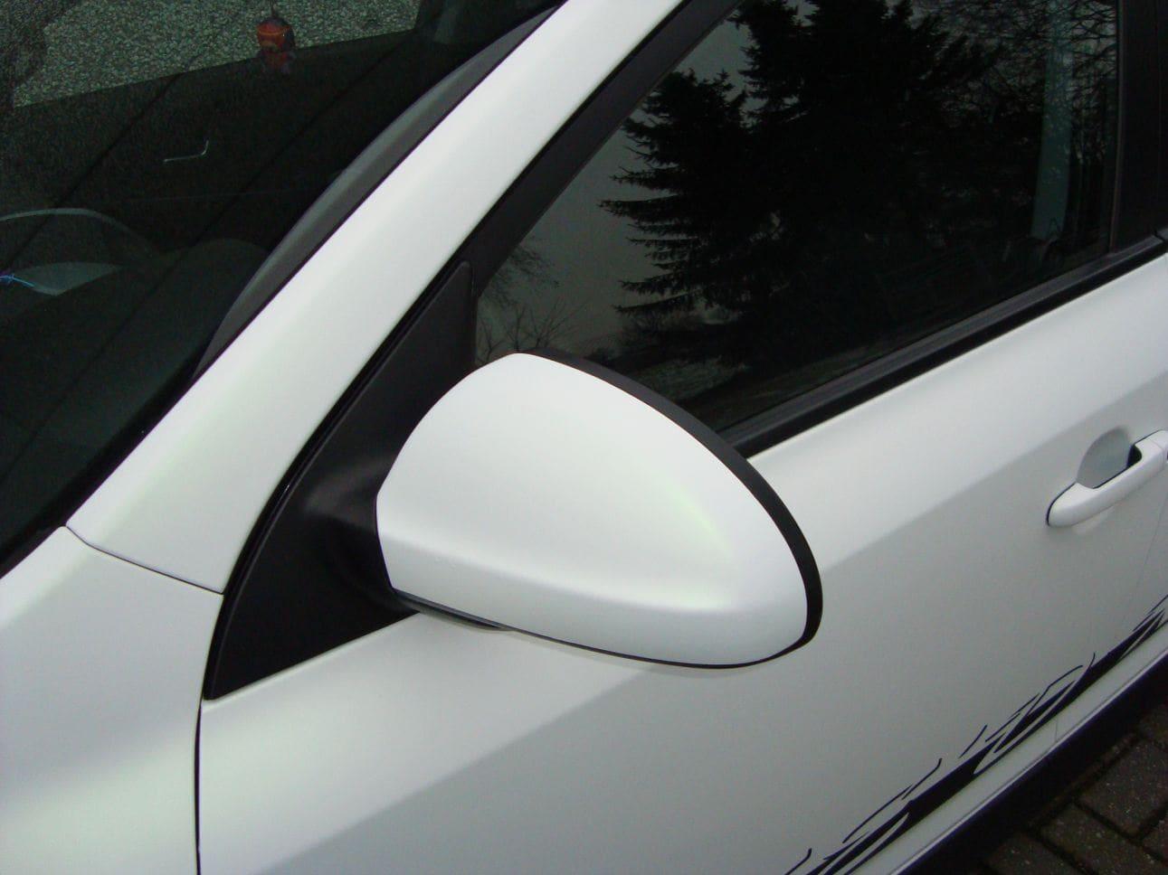 Kia Cee'd XR met Carbon en Witte Wrap, Carwrapping door Wrapmyride.nu Foto-nr:5950, ©2018