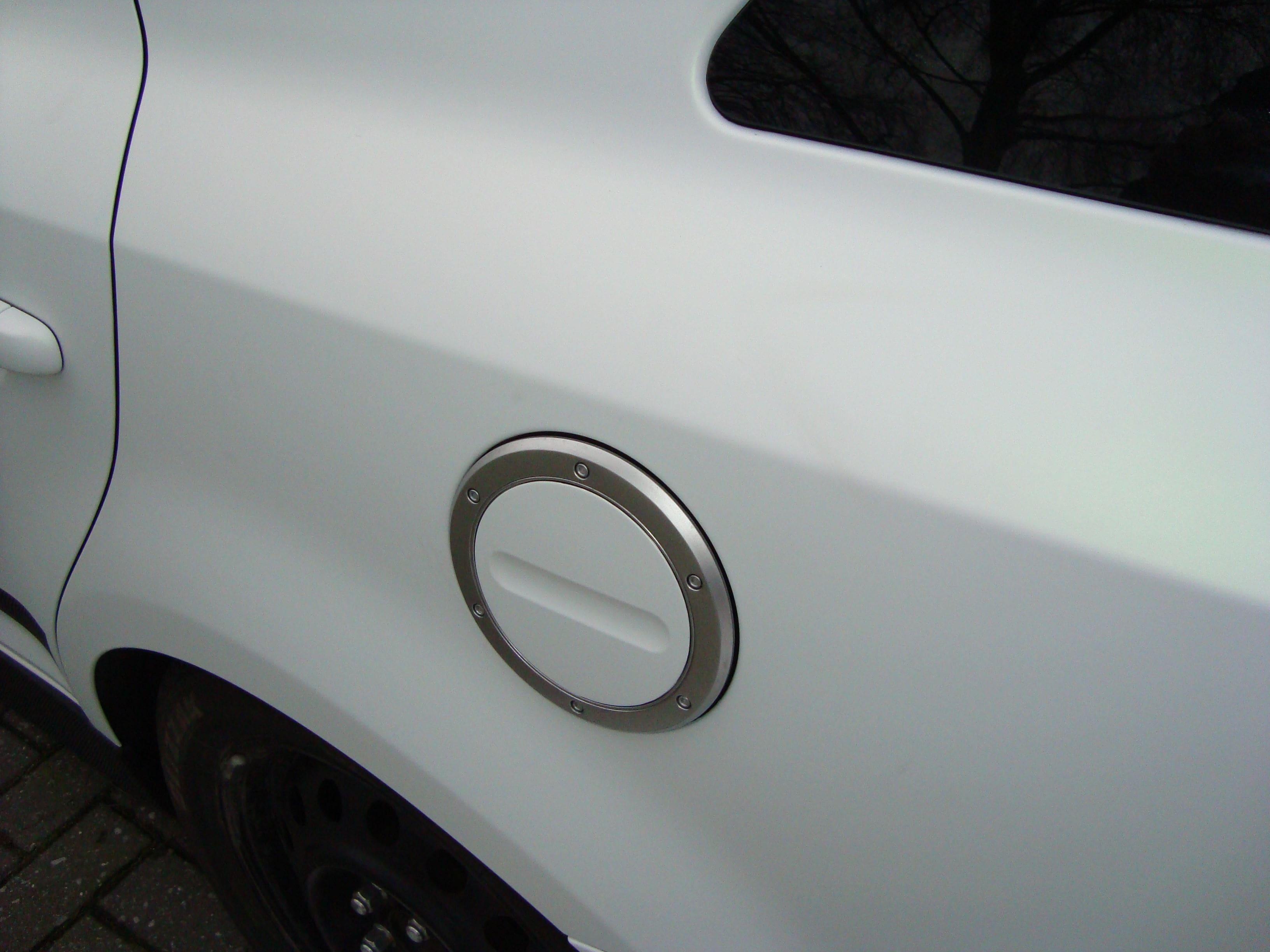 Kia Cee'd XR met Carbon en Witte Wrap, Carwrapping door Wrapmyride.nu Foto-nr:5951, ©2020