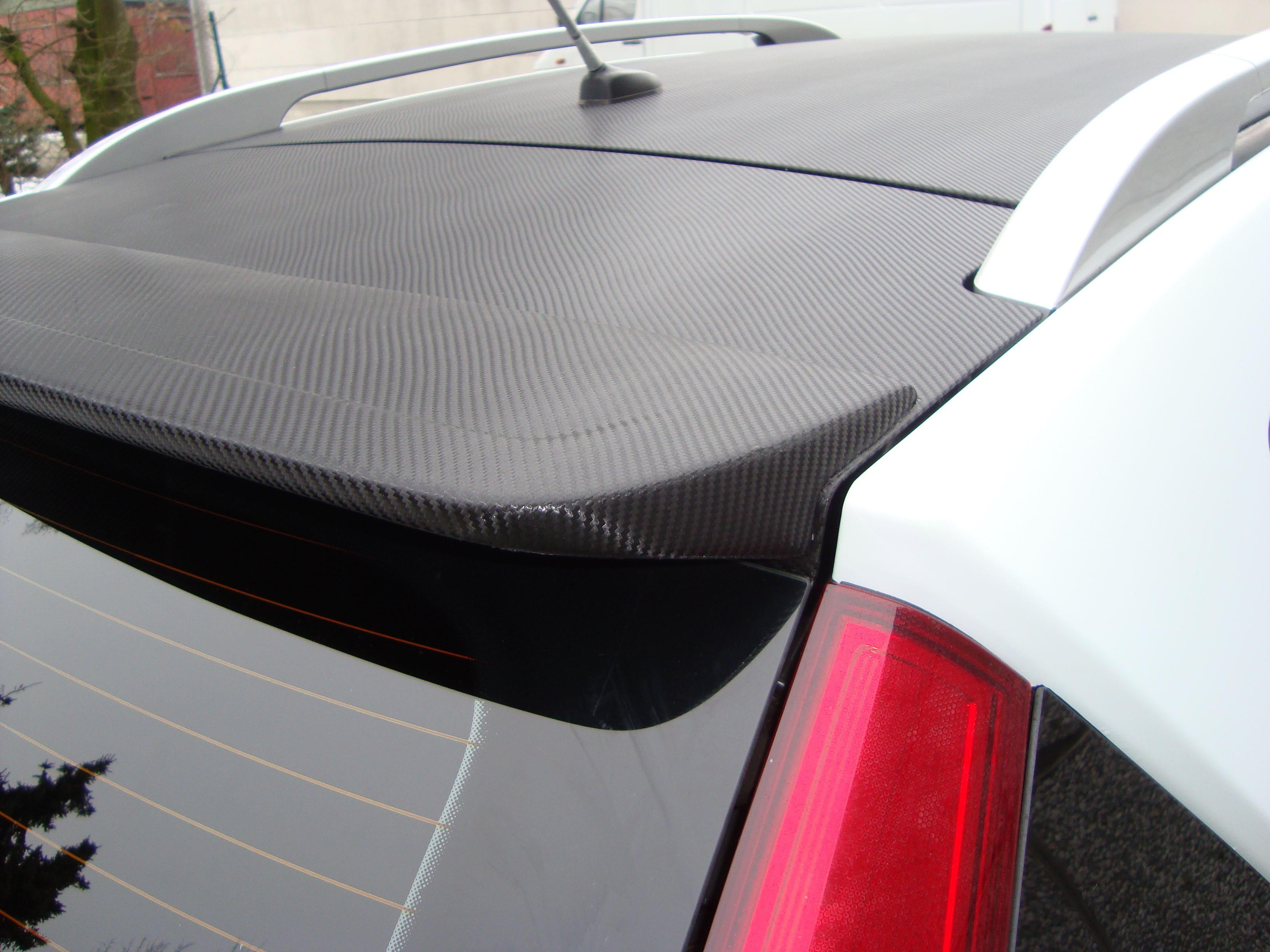 Kia Cee'd XR met Carbon en Witte Wrap, Carwrapping door Wrapmyride.nu Foto-nr:5953, ©2020