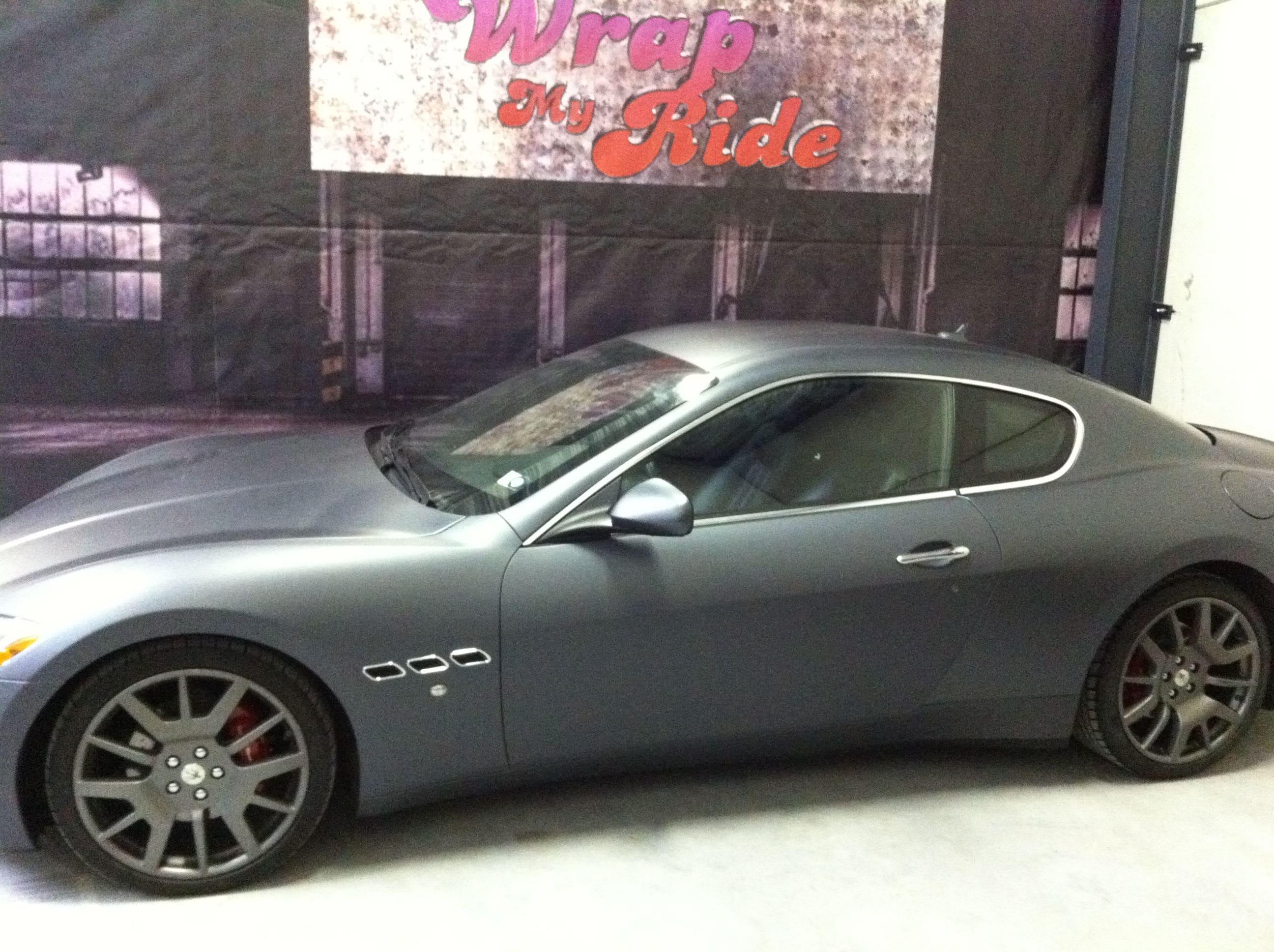 Maserati Gran Turismo met Mat Zwarte Wrap, Carwrapping door Wrapmyride.nu Foto-nr:6034, ©2020