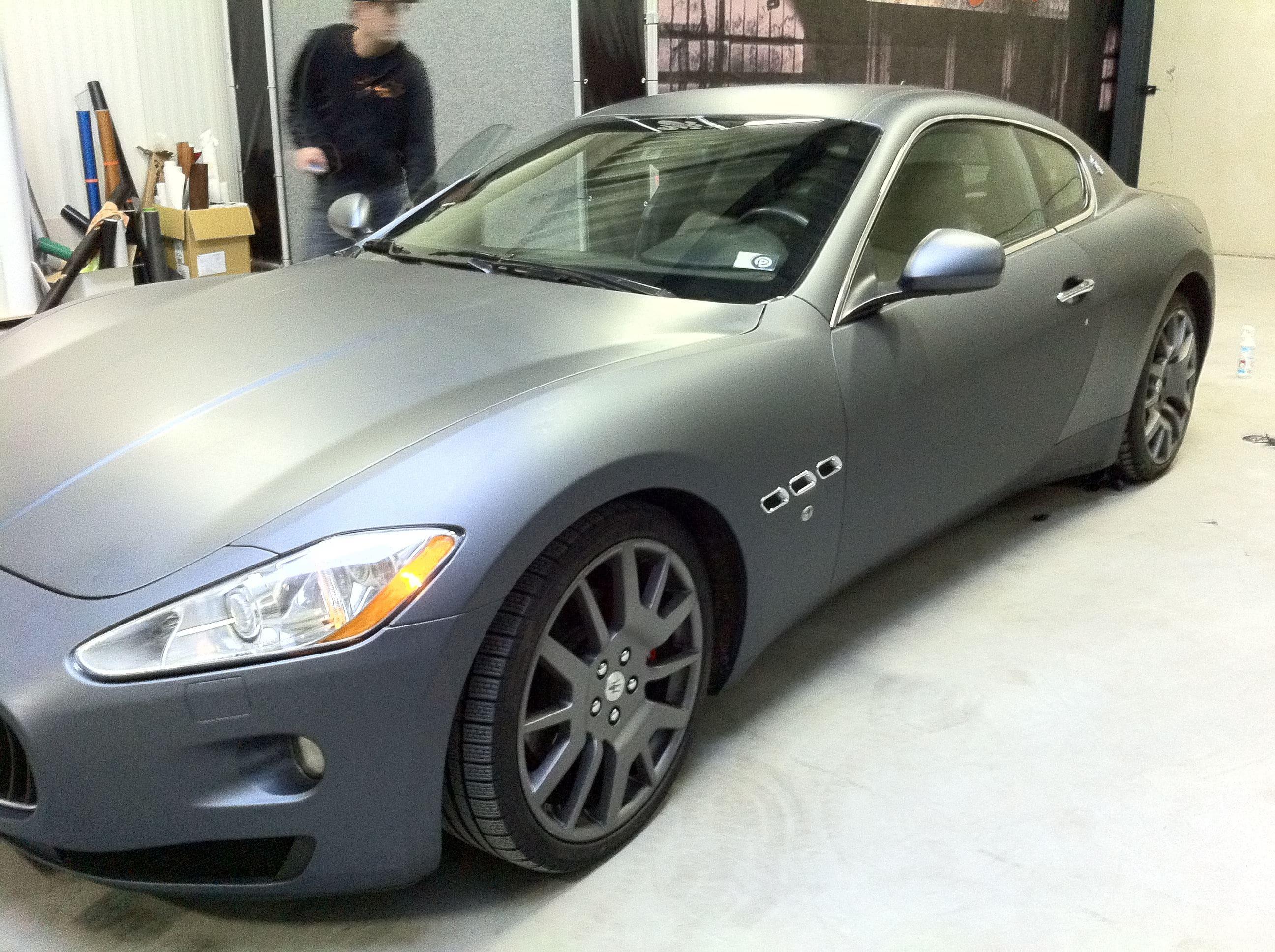 Maserati Gran Turismo met Mat Zwarte Wrap, Carwrapping door Wrapmyride.nu Foto-nr:6035, ©2020