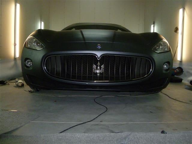 Maserati Gran Turismo met Mat Zwarte Wrap, Carwrapping door Wrapmyride.nu Foto-nr:6054, ©2020