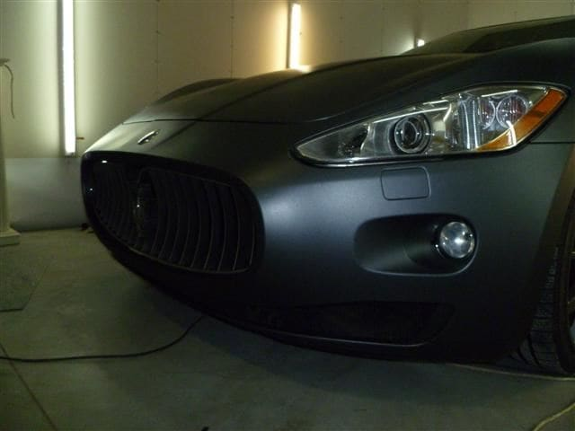 Maserati Gran Turismo met Mat Zwarte Wrap, Carwrapping door Wrapmyride.nu Foto-nr:6057, ©2020