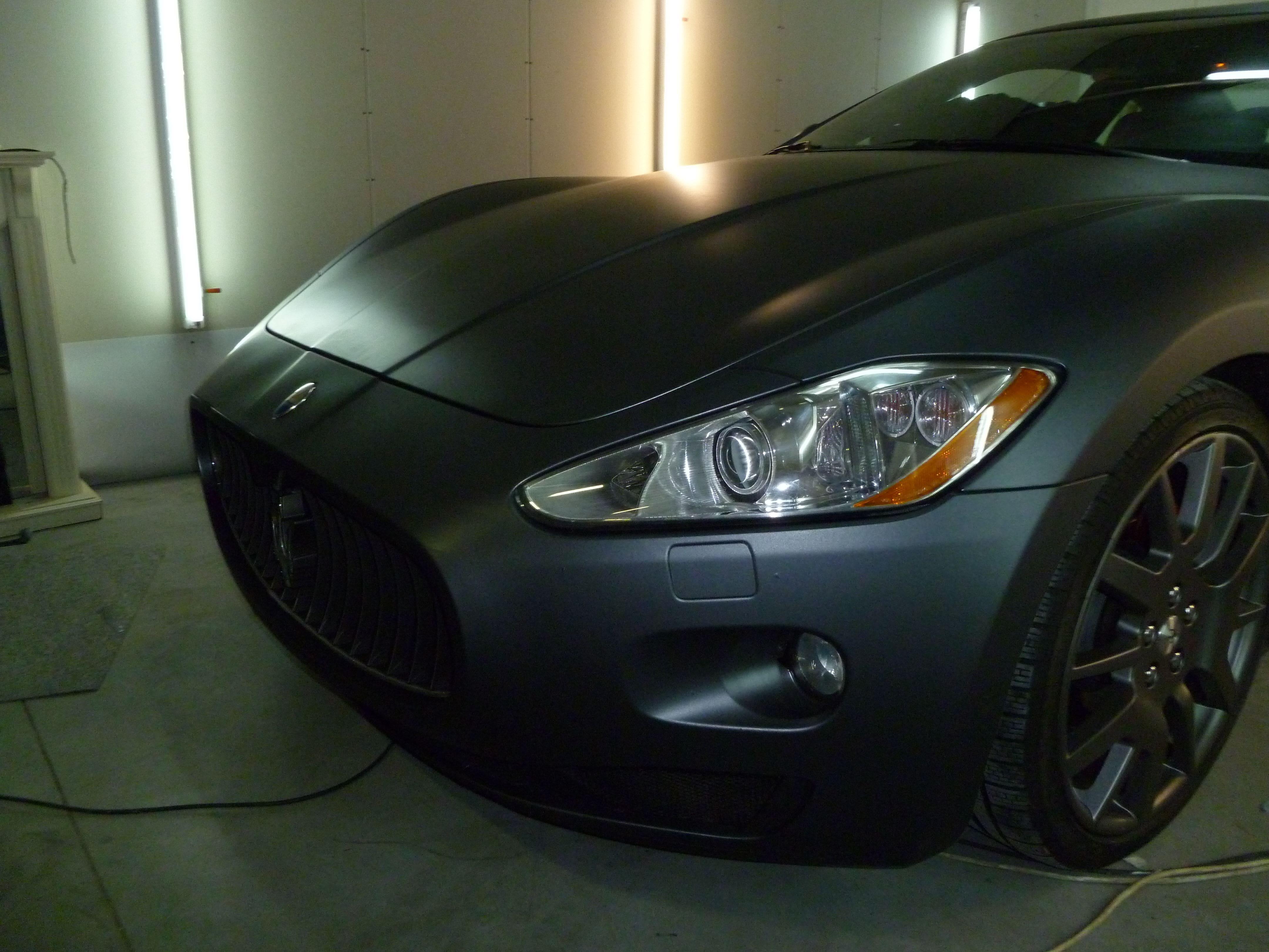 Maserati Gran Turismo met Mat Zwarte Wrap, Carwrapping door Wrapmyride.nu Foto-nr:6058, ©2020