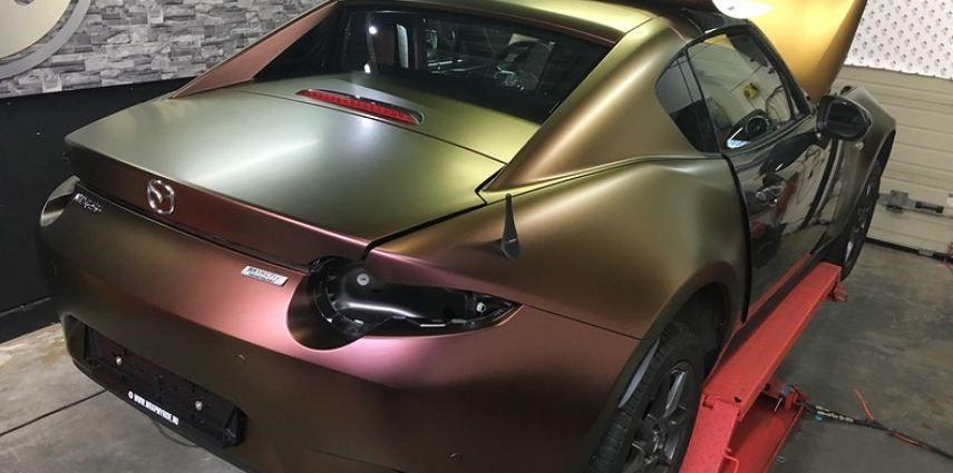 Mazda MX-5 Satin Vulcanic Flip