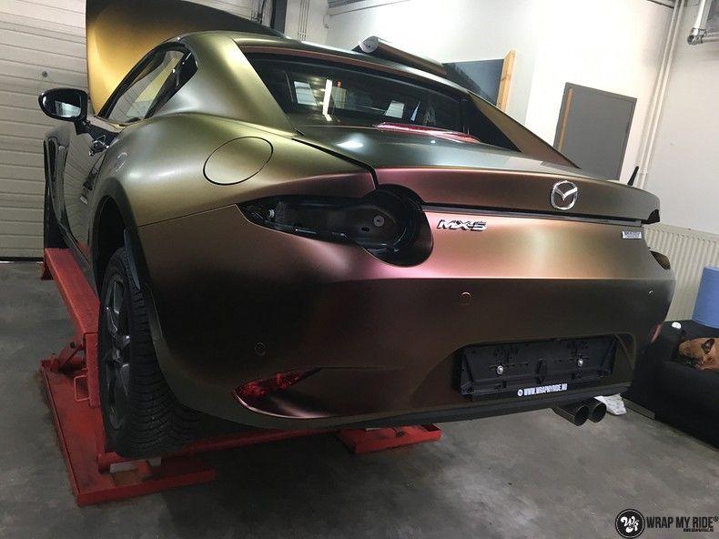 Mazda MX-5 Satin Vulcanic Flip, Carwrapping door Wrapmyride.nu Foto-nr:11094, ©2018