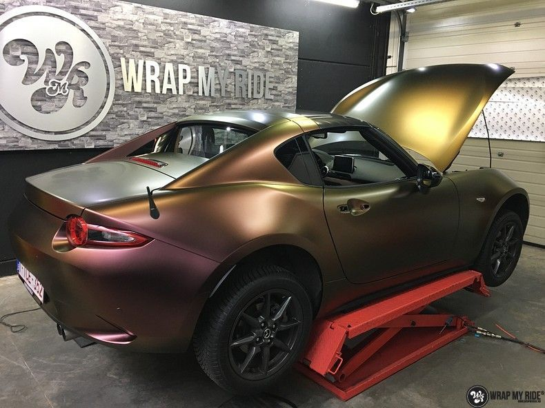 Mazda MX-5 Satin Vulcanic Flip, Carwrapping door Wrapmyride.nu Foto-nr:11101, ©2018