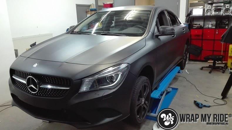 MB CLA mat zwart, Carwrapping door Wrapmyride.nu Foto-nr:8056, ©2020